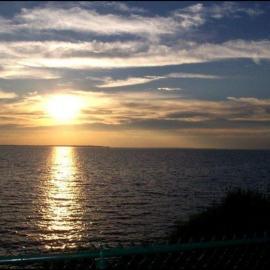 Sun and Sea Wallpaper