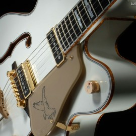 White Guitar Wallpaper