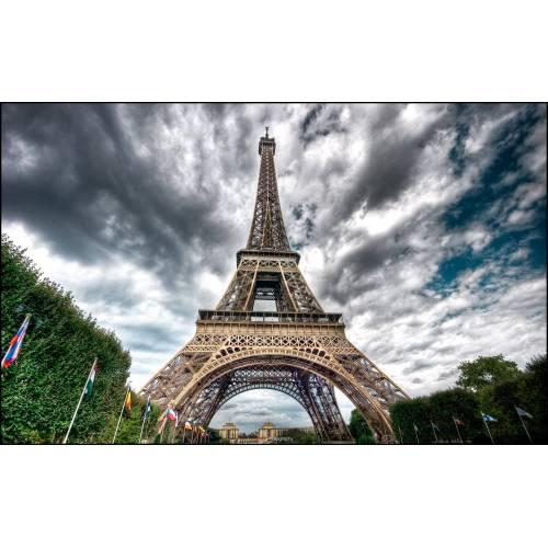 Medium Crop Of Eiffel Tower Wallpaper