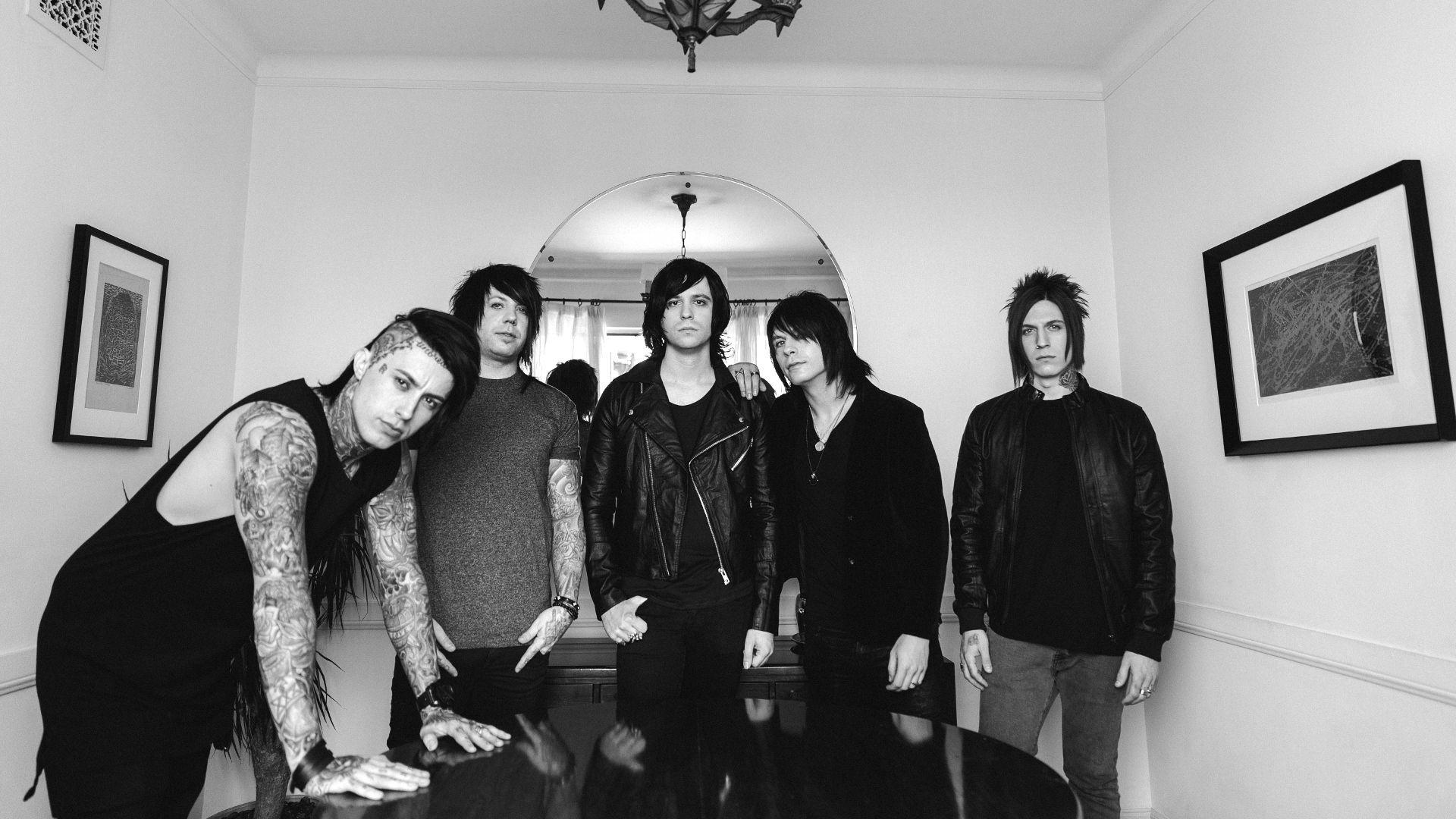 Wallpaper Falling In Reverse Falling In Reverse Wallpapers Wallpaper Cave
