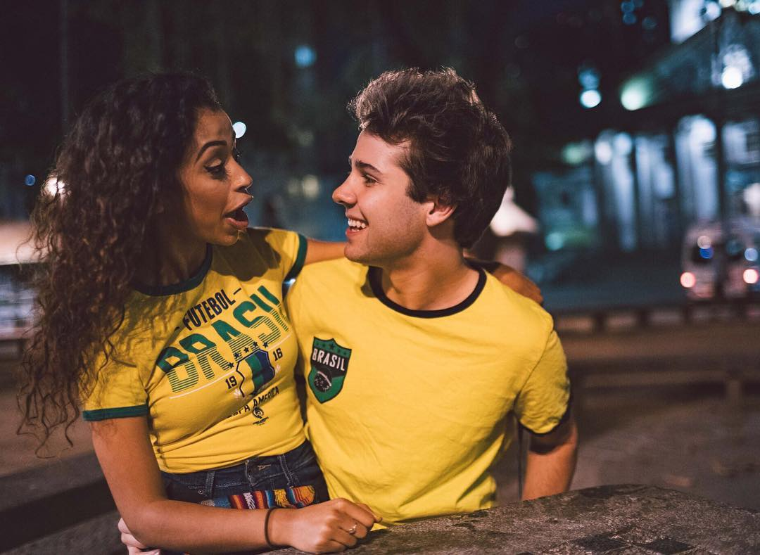 Cute Couple Wallpapers For Lock Screen Liza Koshy Wallpapers Wallpaper Cave