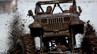 Jeep Wrangler 4x4 Off Road Competition HD Wallpaper - WallpaperFX