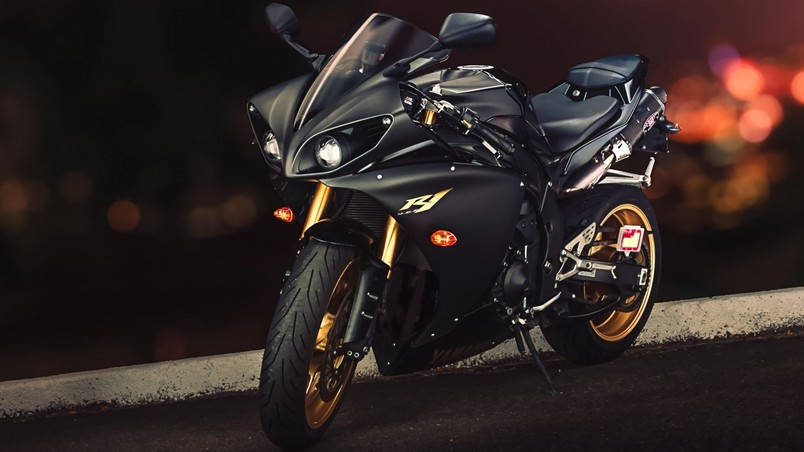3d Yamaha Motorcycle Wallpaper Black Yamaha Yzf R1 Hd Wallpaper Wallpaperfx