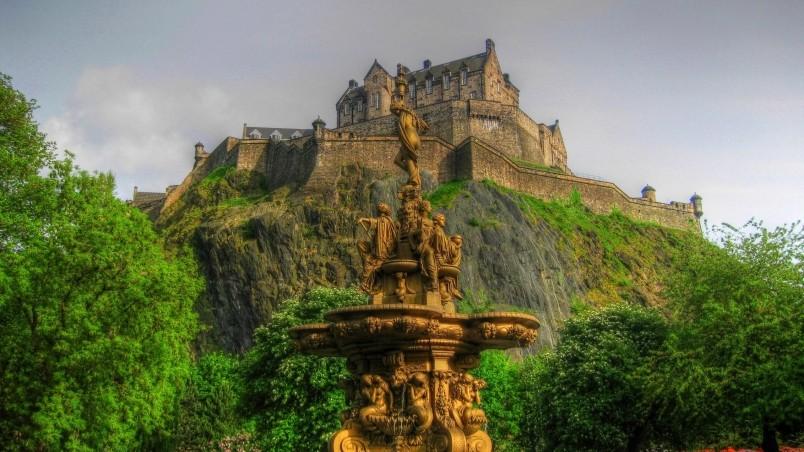 3d Fountain Wallpaper Edinburgh Castle Scotland Hd Wallpaper Wallpaperfx