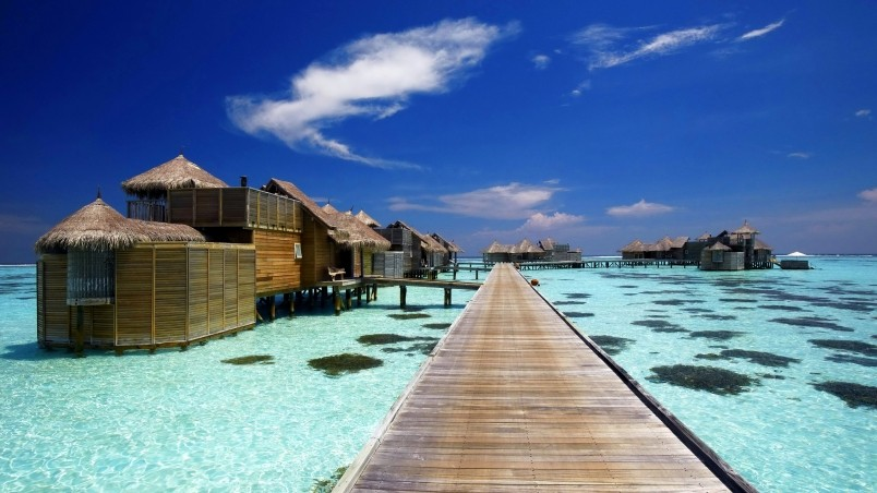 Hd Wallpaper Luxury Resort In Maldives Hd Wallpaper Wallpaperfx