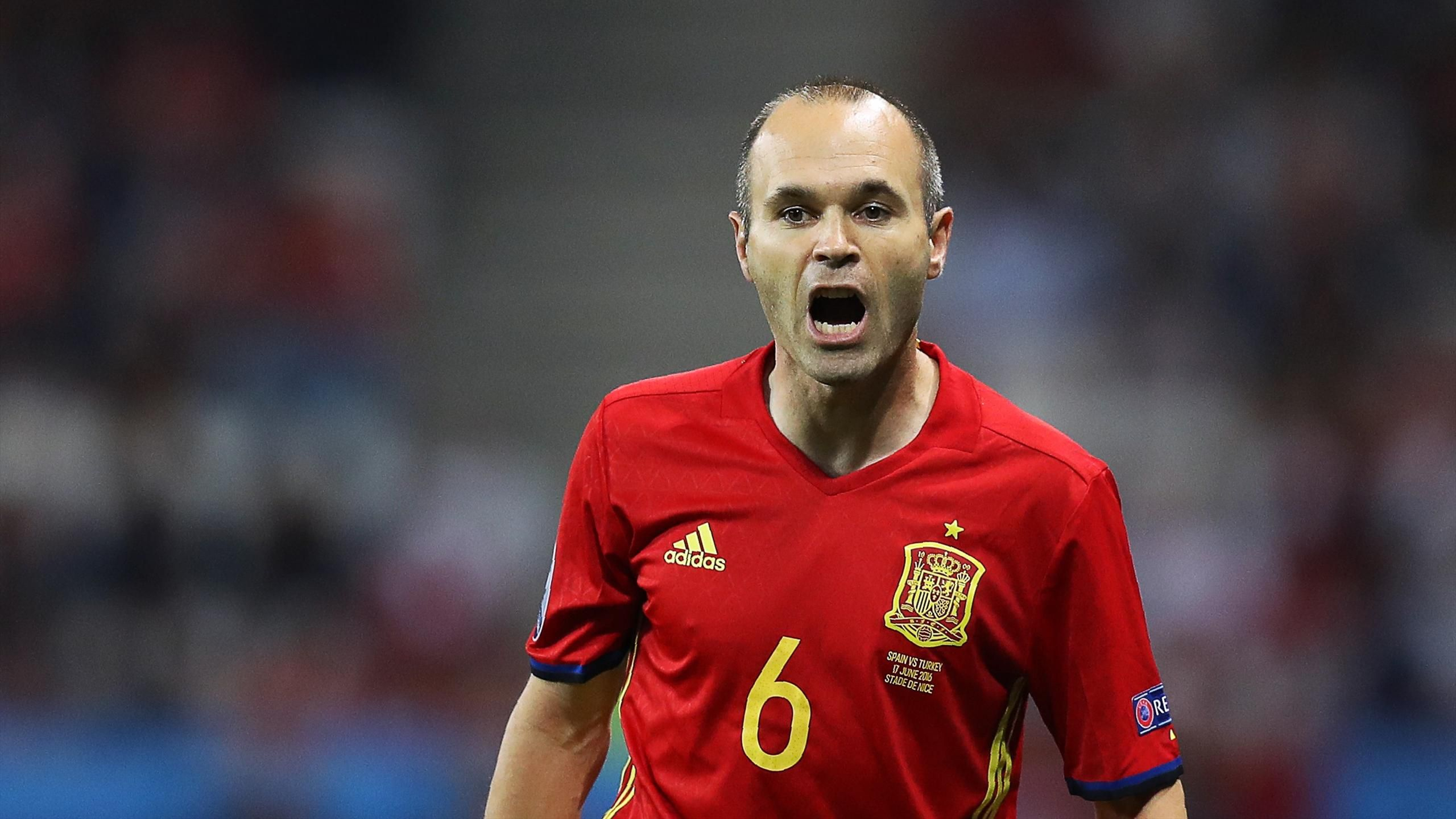 Cute Animated Love Heart Wallpapers For Mobile Andres Iniesta Wallpapers Hd