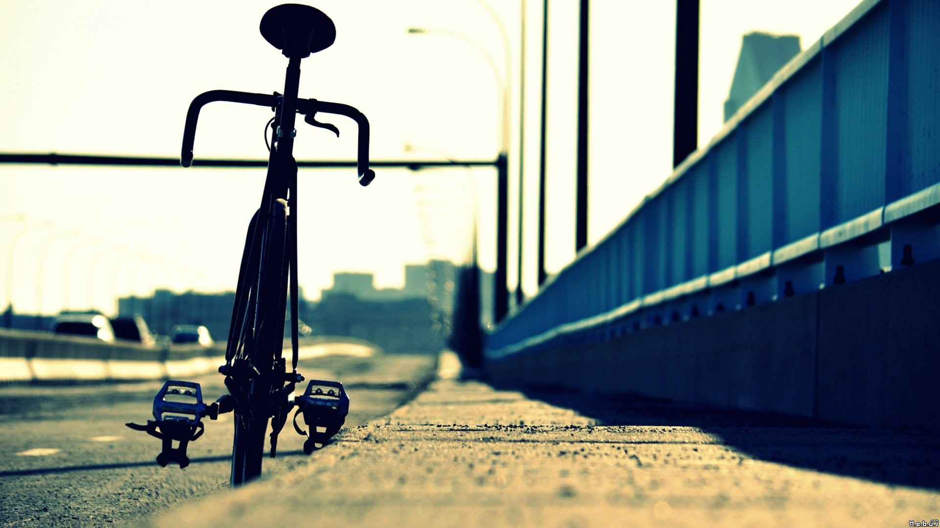 Fixed Gear Wallpaper Iphone Cool Bicycle Wallpaper Wallpaper Wallpaperlepi