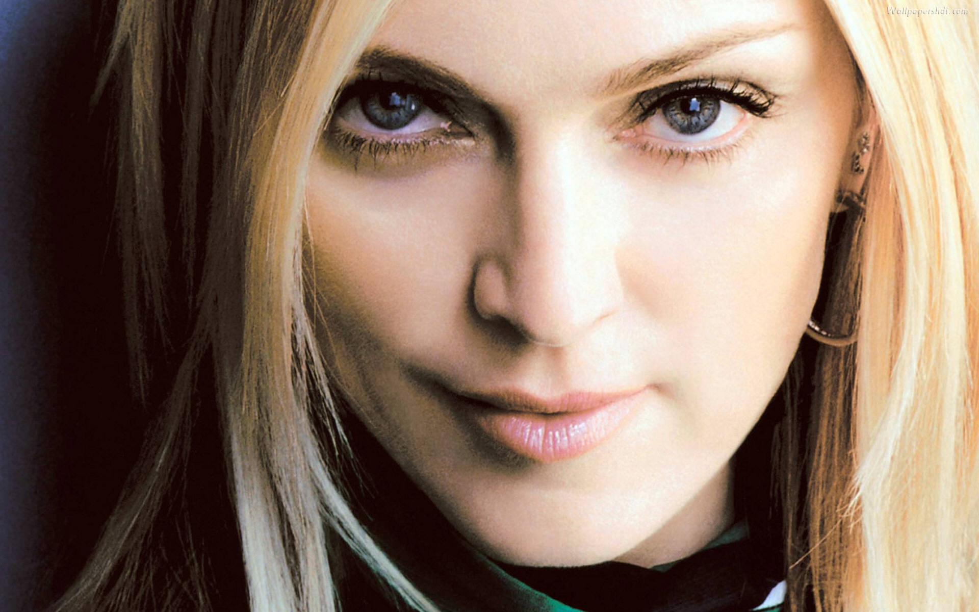 Cute Small Girl Full Hd Wallpaper Madonna Close Up Celebrity