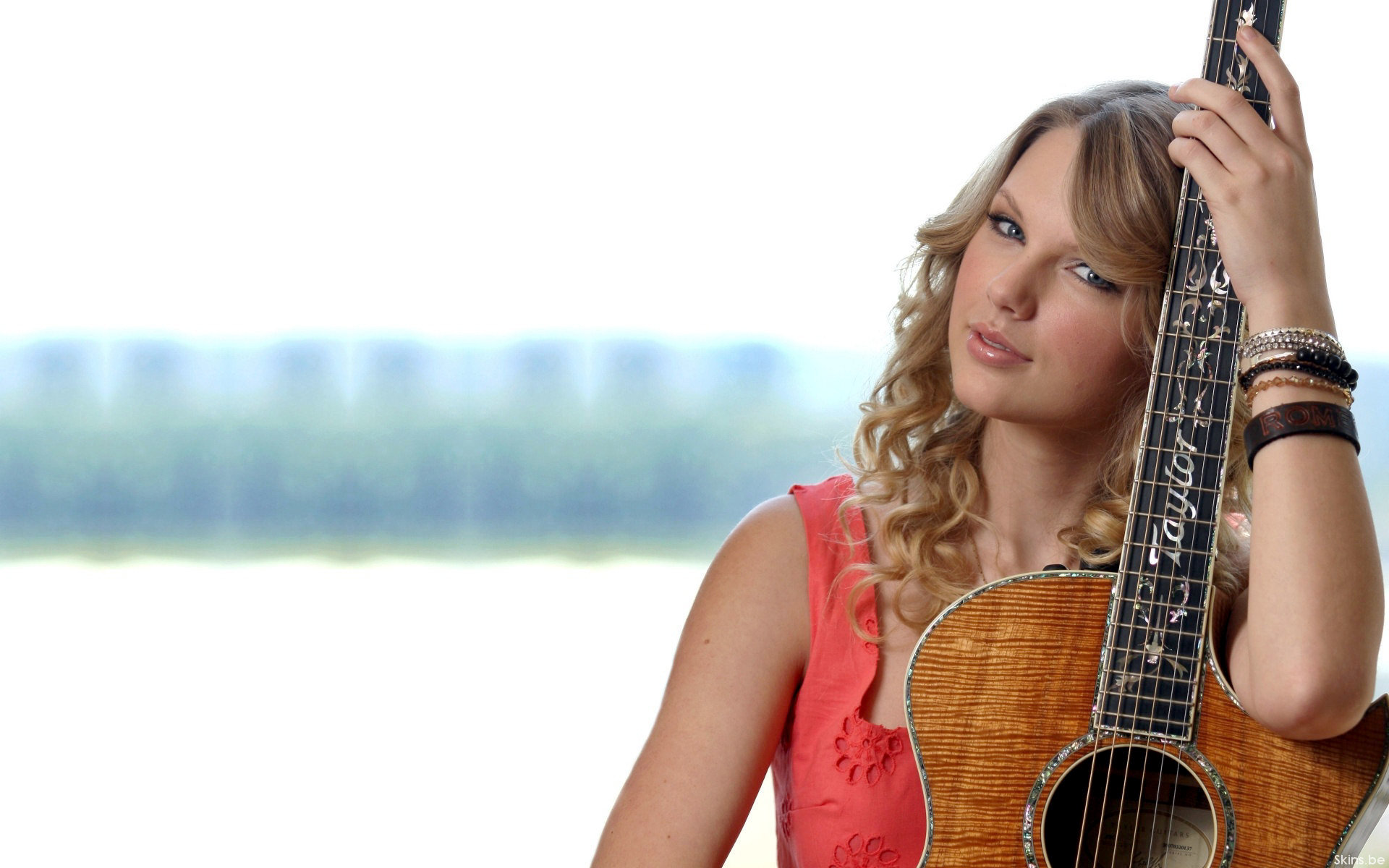 Beautiful Girl Full Screen Wallpaper Taylor Swift Country Singer Music