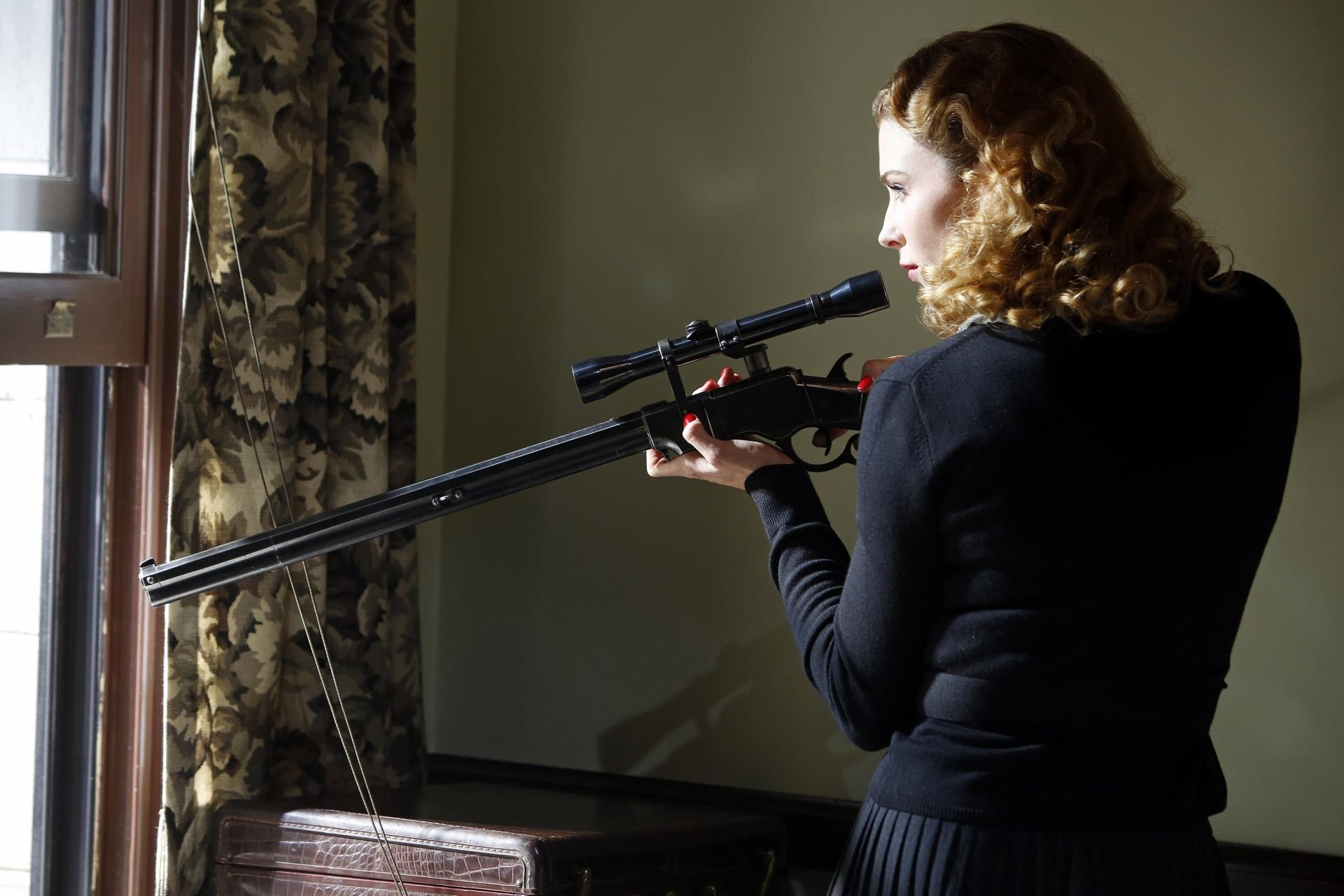 Funny Girl Wallpaper Images Agent Carter Wallpaper Hd Download