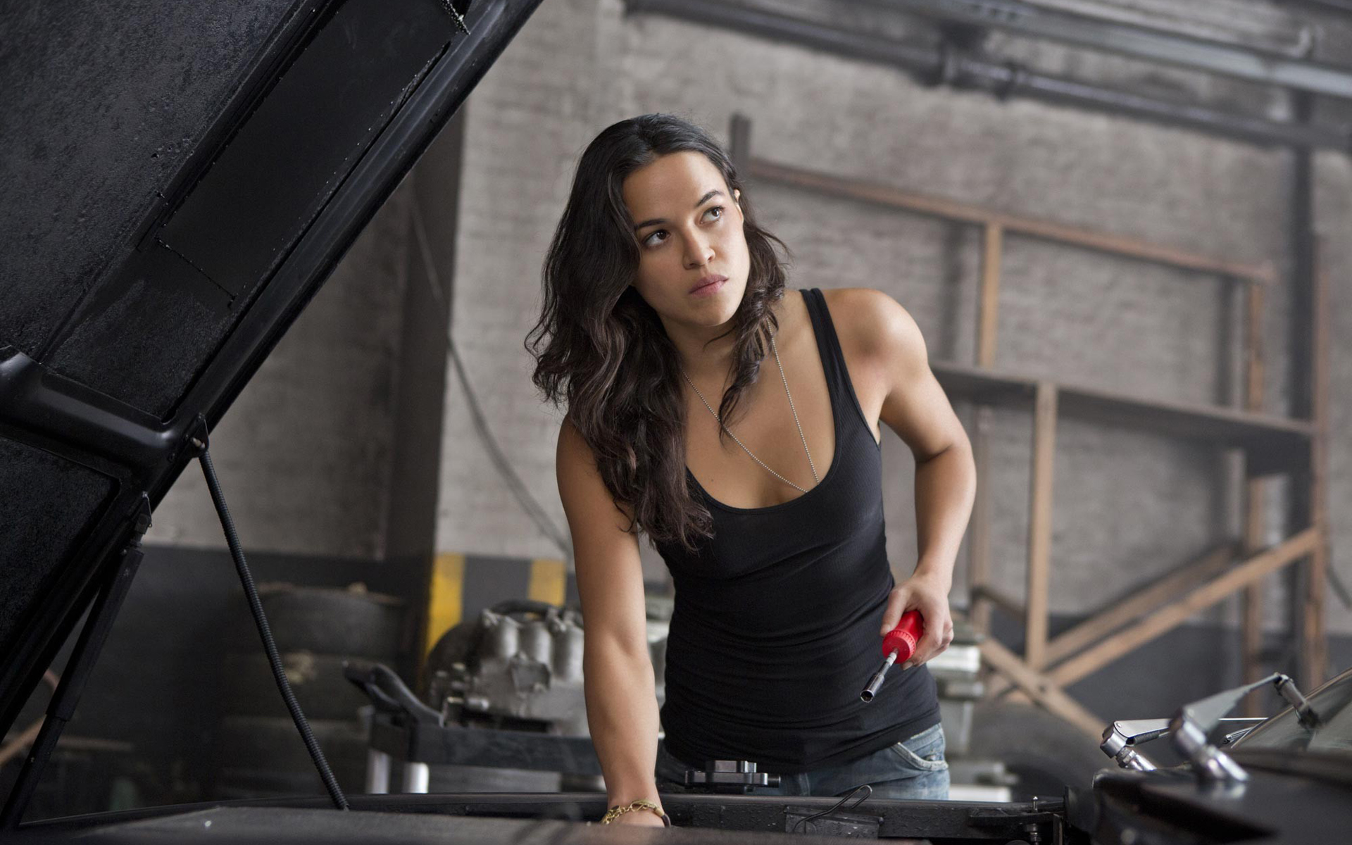 Fast And Furious 5 Cars Wallpapers Hd Fast Amp Furious 6 2013 Letty Ortiz Hd Wallpaper