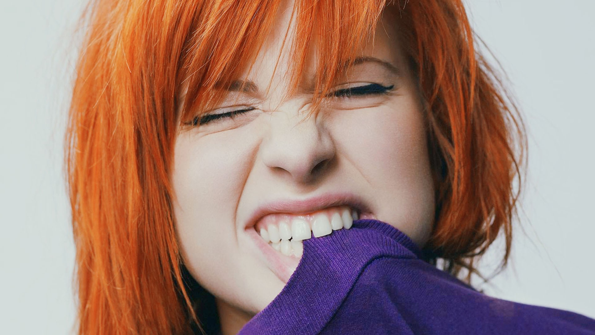 Hayley Williams Cute Wallpaper Hayley Williams Free Hd Wallpapers Amp Background Download