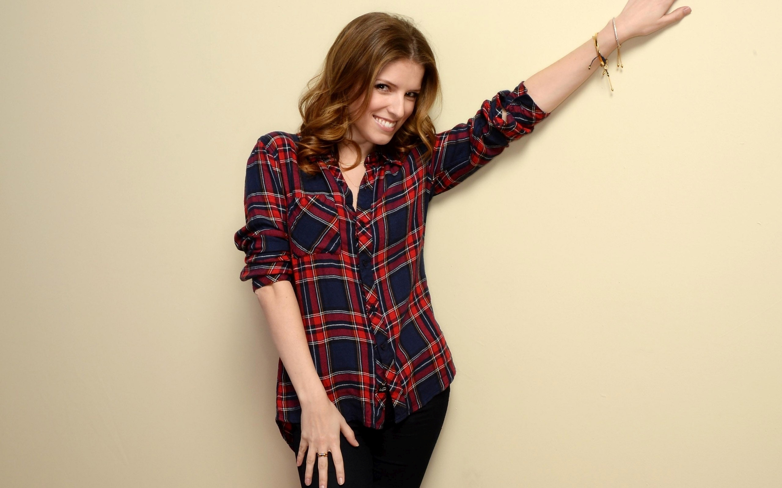 Pretty Girl Wallpaper Free Download Anna Kendrick Wallpapers High Resolution And Quality Download