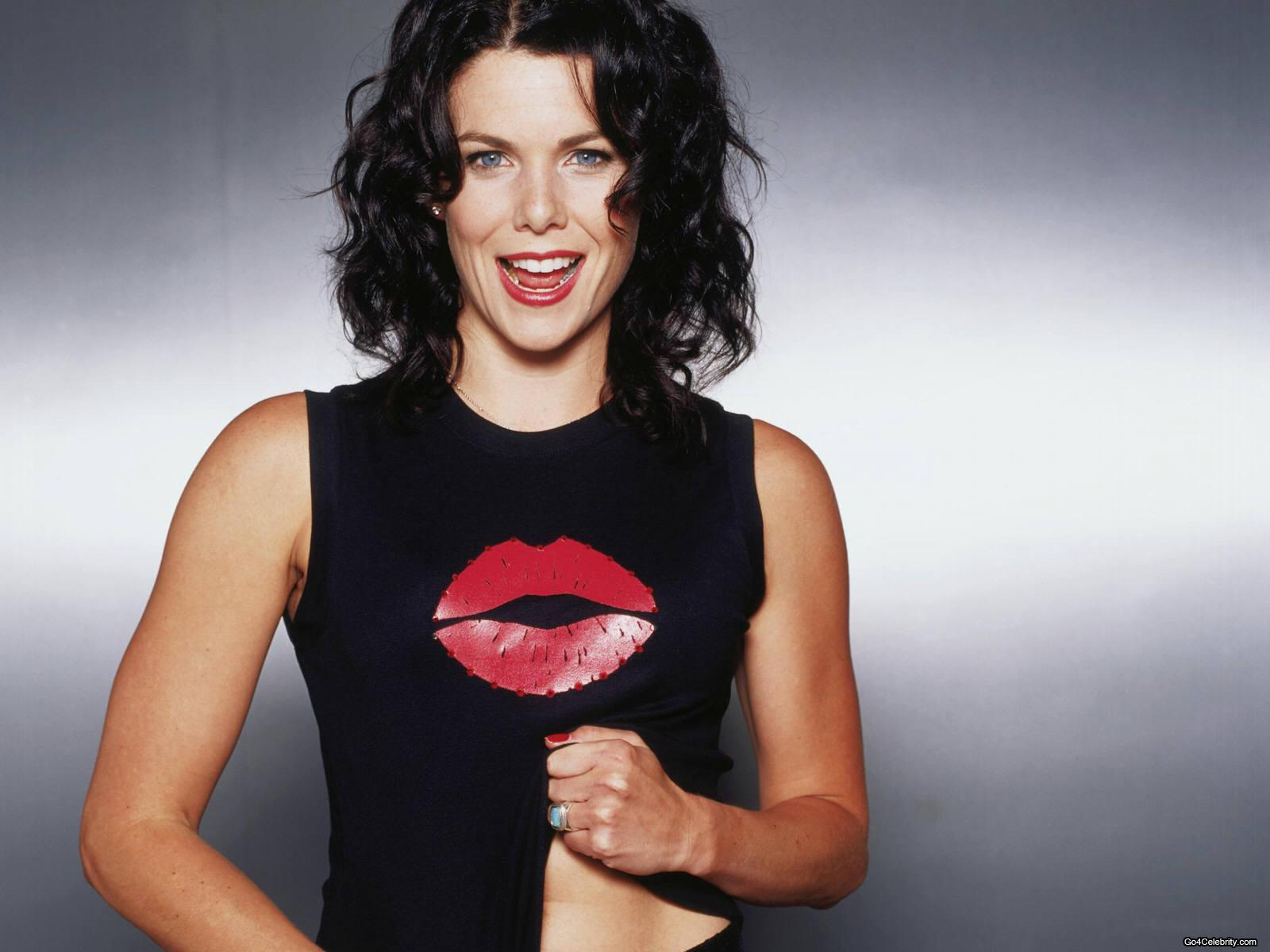 Iphone Wallpaper For Teenage Girl Lauren Graham Wallpapers High Resolution And Quality Download