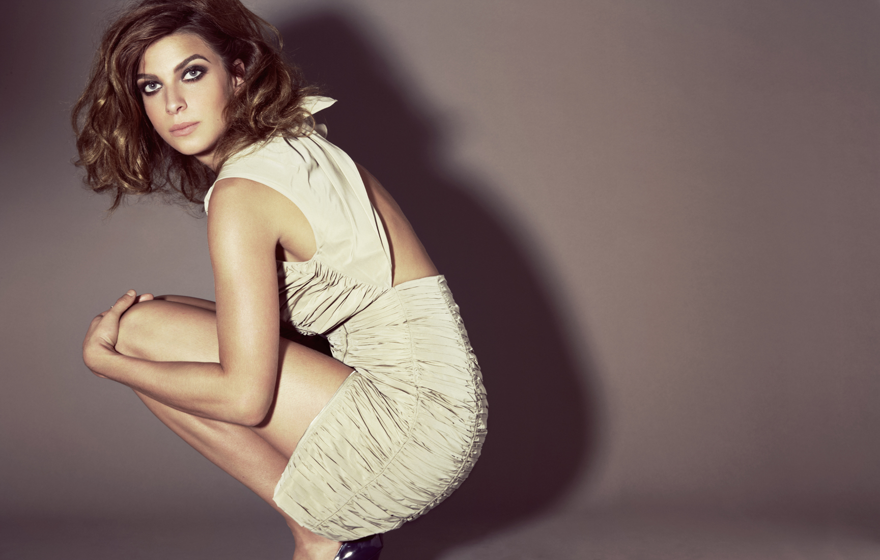 Julia Roberts Hd Wallpapers Natalia Tena Wallpapers High Resolution And Quality Download