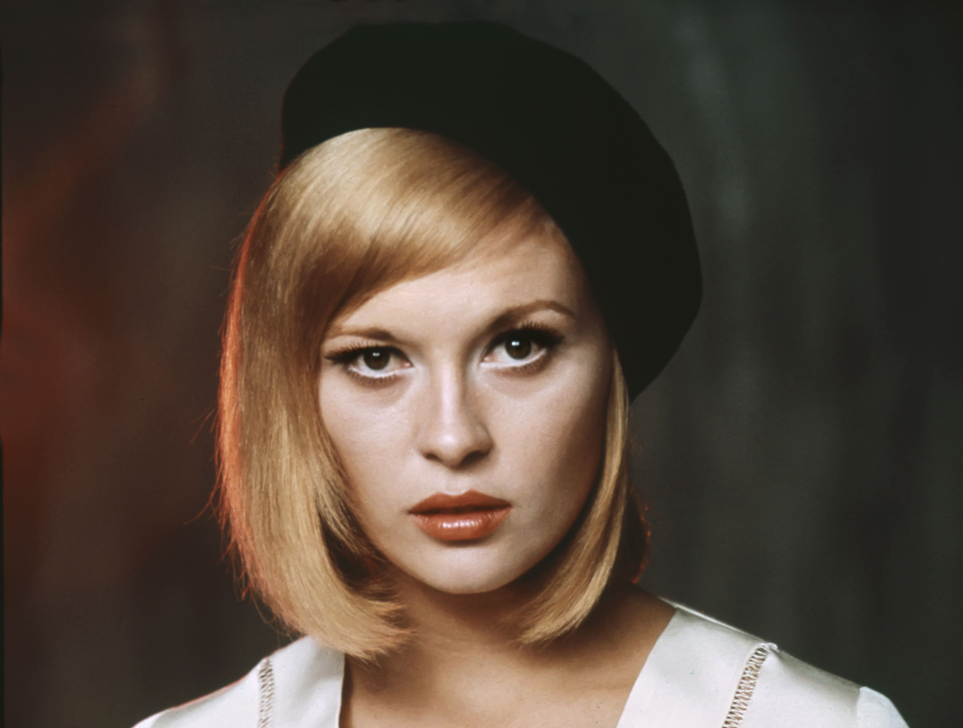 All Cars Symbols Wallpaper Faye Dunaway Wallpapers Backgrounds