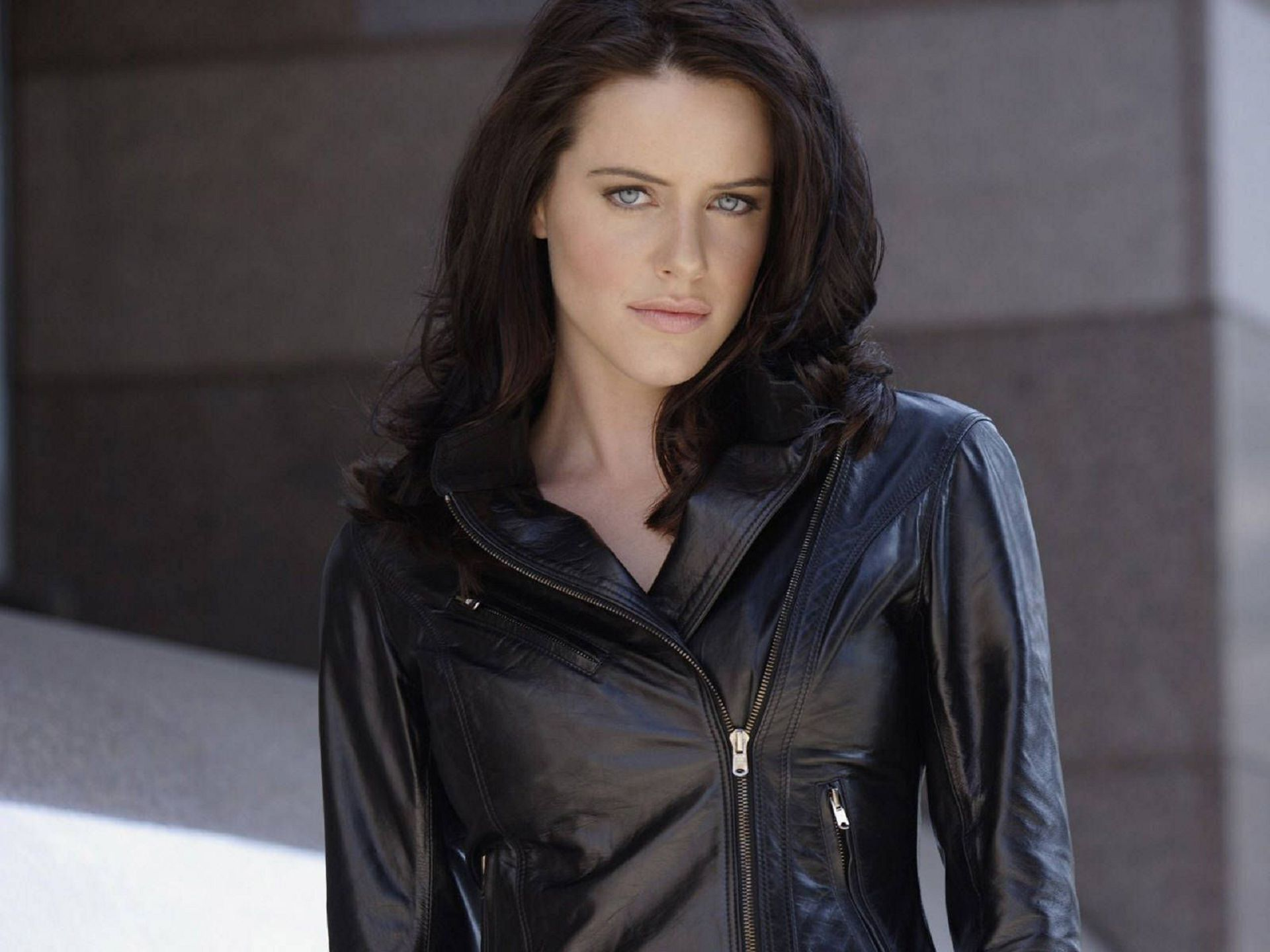 Fast Cars And Girls Wallpaper Michelle Ryan Wallpapers Backgrounds