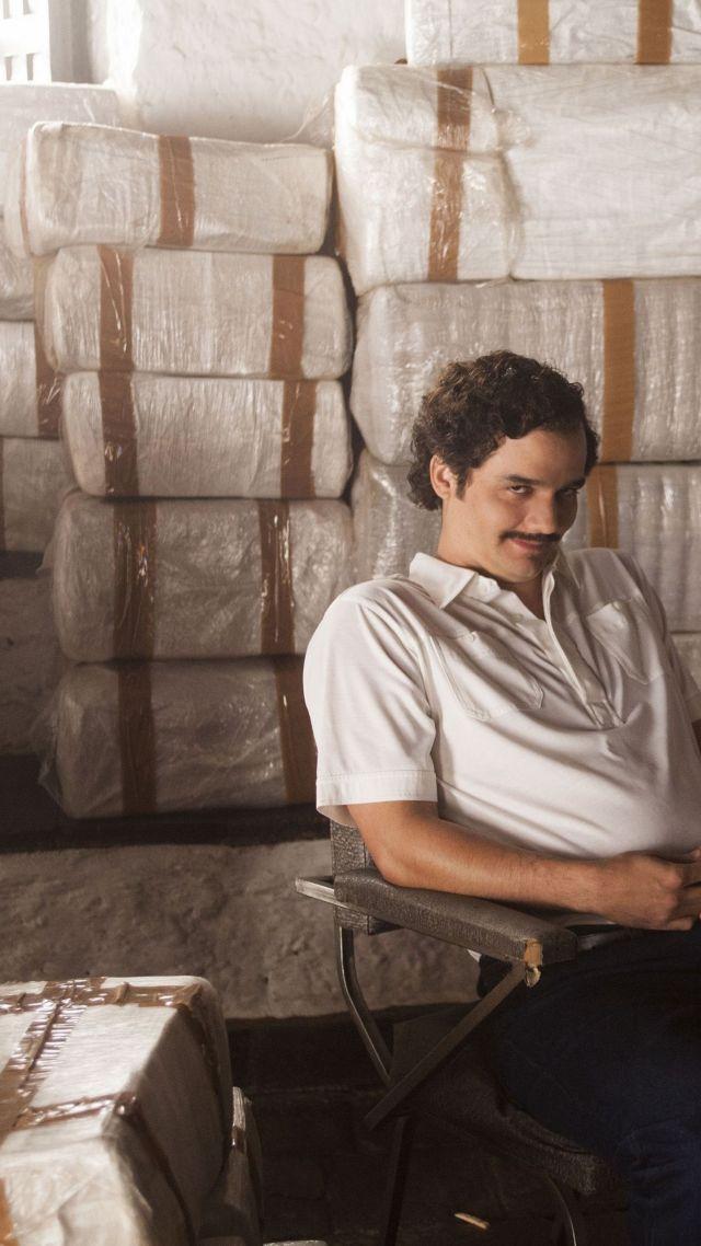 Cash Wallpaper Hd Wallpaper Narcos Serial Wagner Moura Pablo Escobar