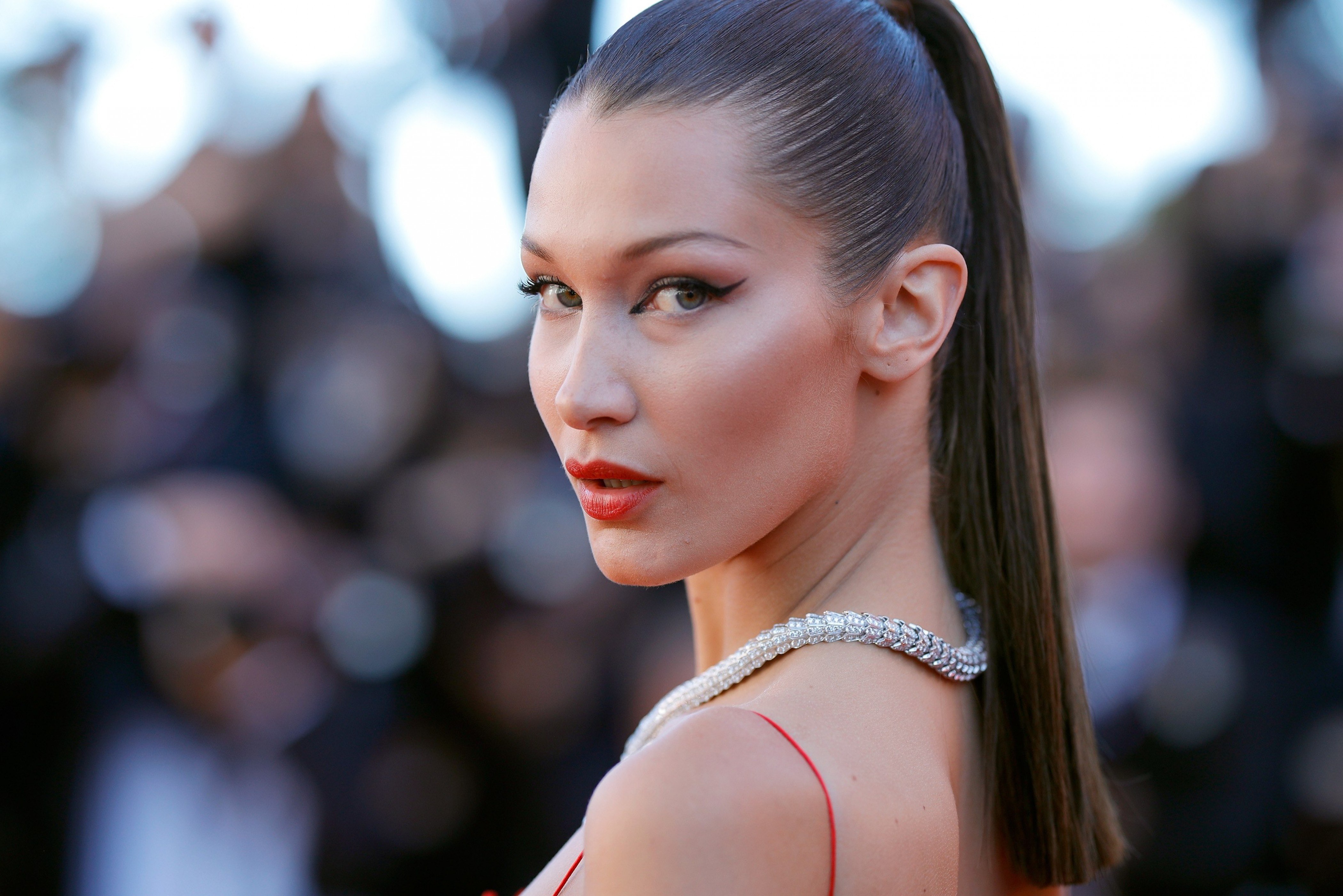 Nike Quotes Iphone Wallpaper Wallpaper Bella Hadid Cannes Film Festival 2016 Red