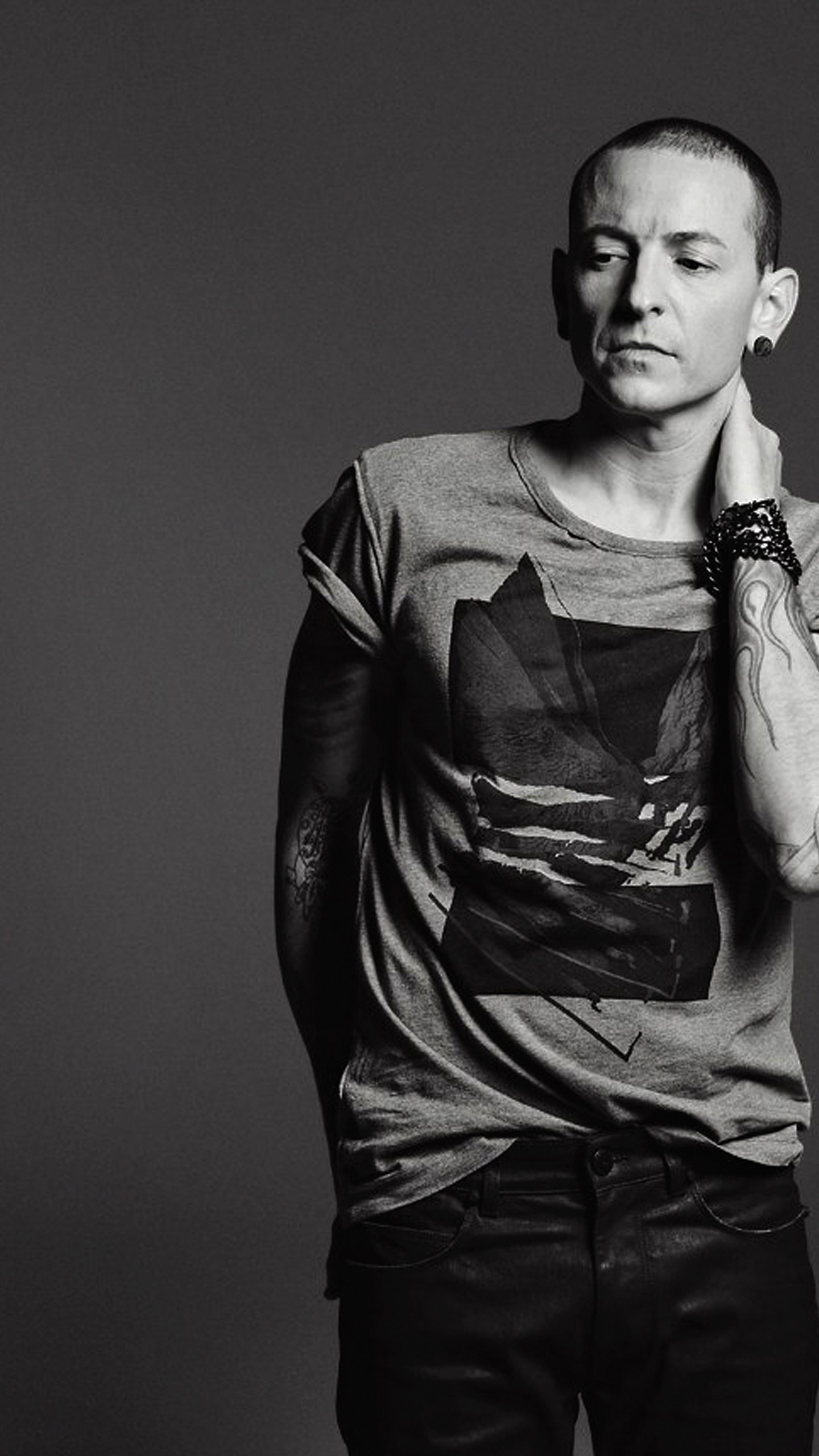 Iphone Wallpaper Pinterest Quotes Wallpaper Chester Bennington Photo 5k Celebrities 14733