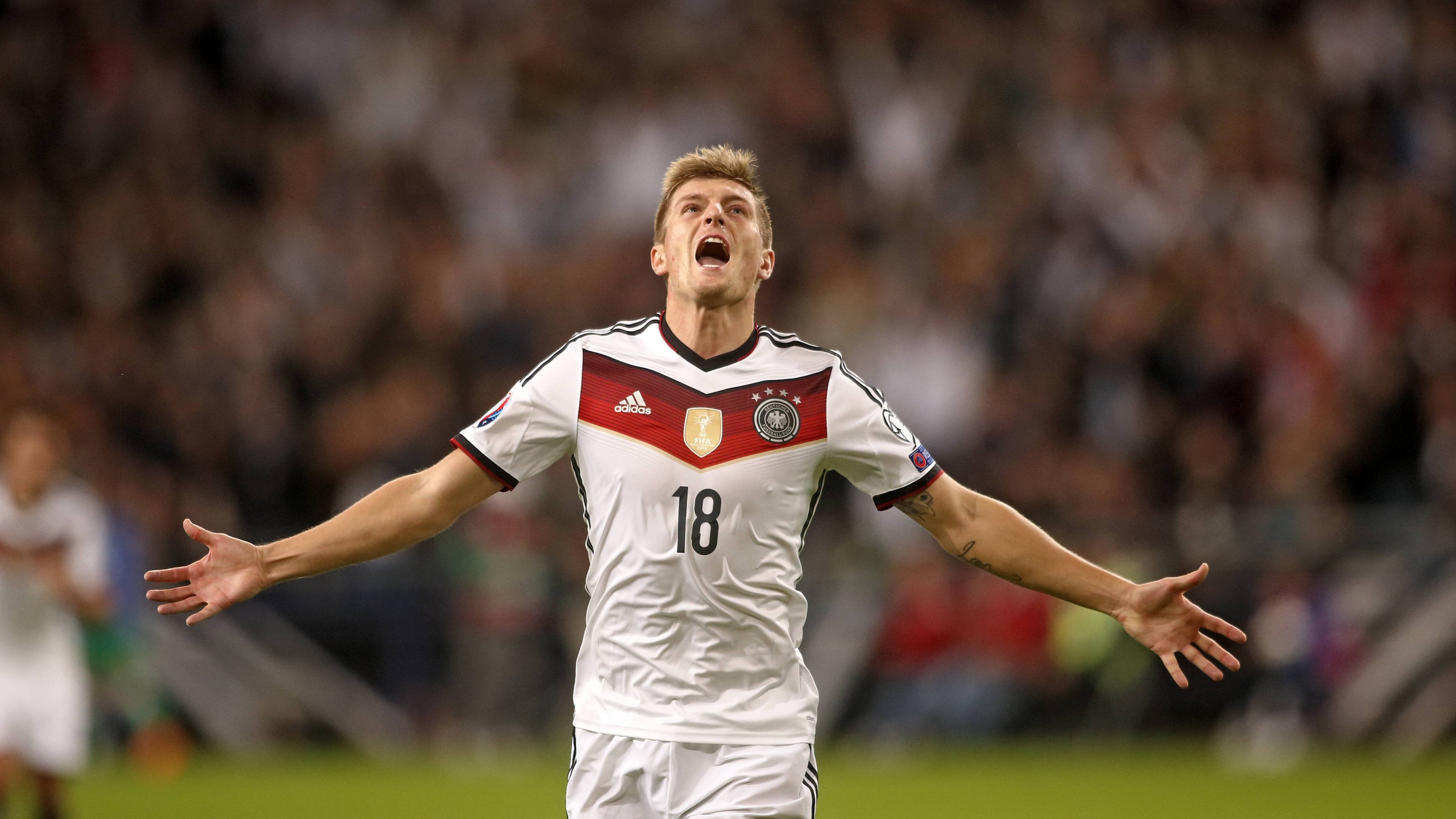 Best Football Quotes Wallpapers Wallpaper Football Toni Kroos Soccer The Best Players