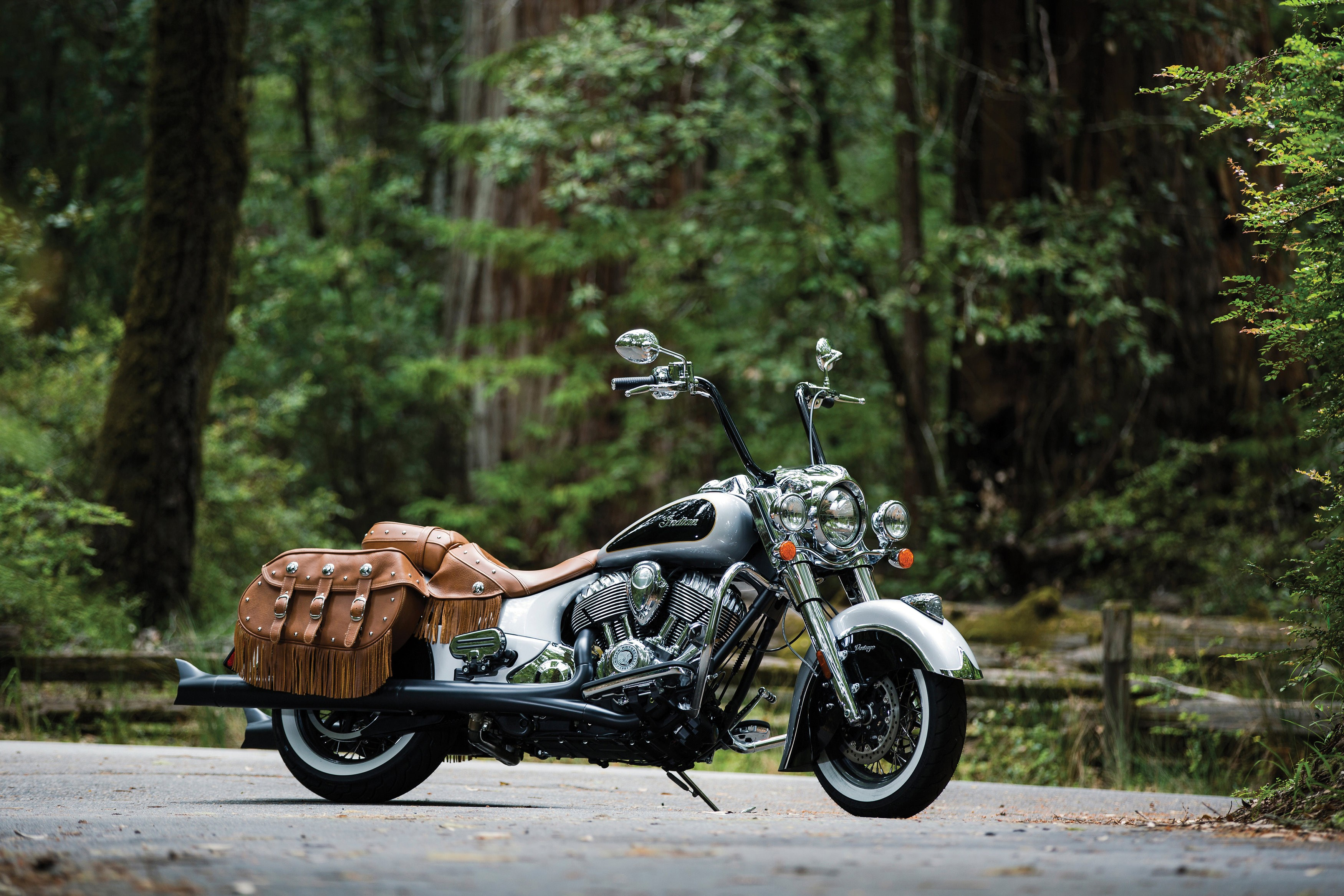 Ios Wallpaper Iphone X Wallpaper Indian Chief Vintage Silverblack Cars Amp Bikes