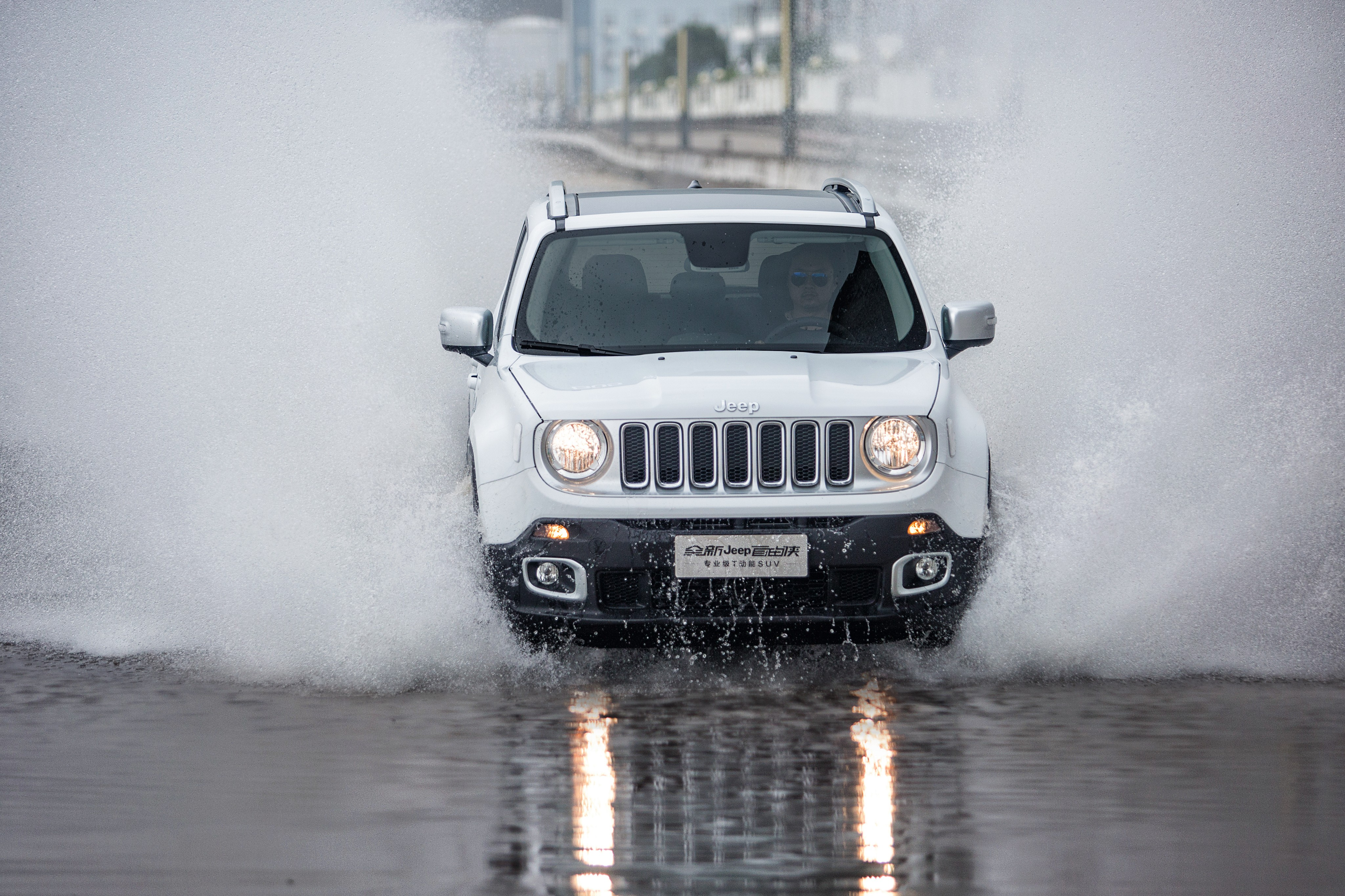 Off Road Cars Hd Wallpapers Wallpaper Jeep Renegade Limited Spray White Cars