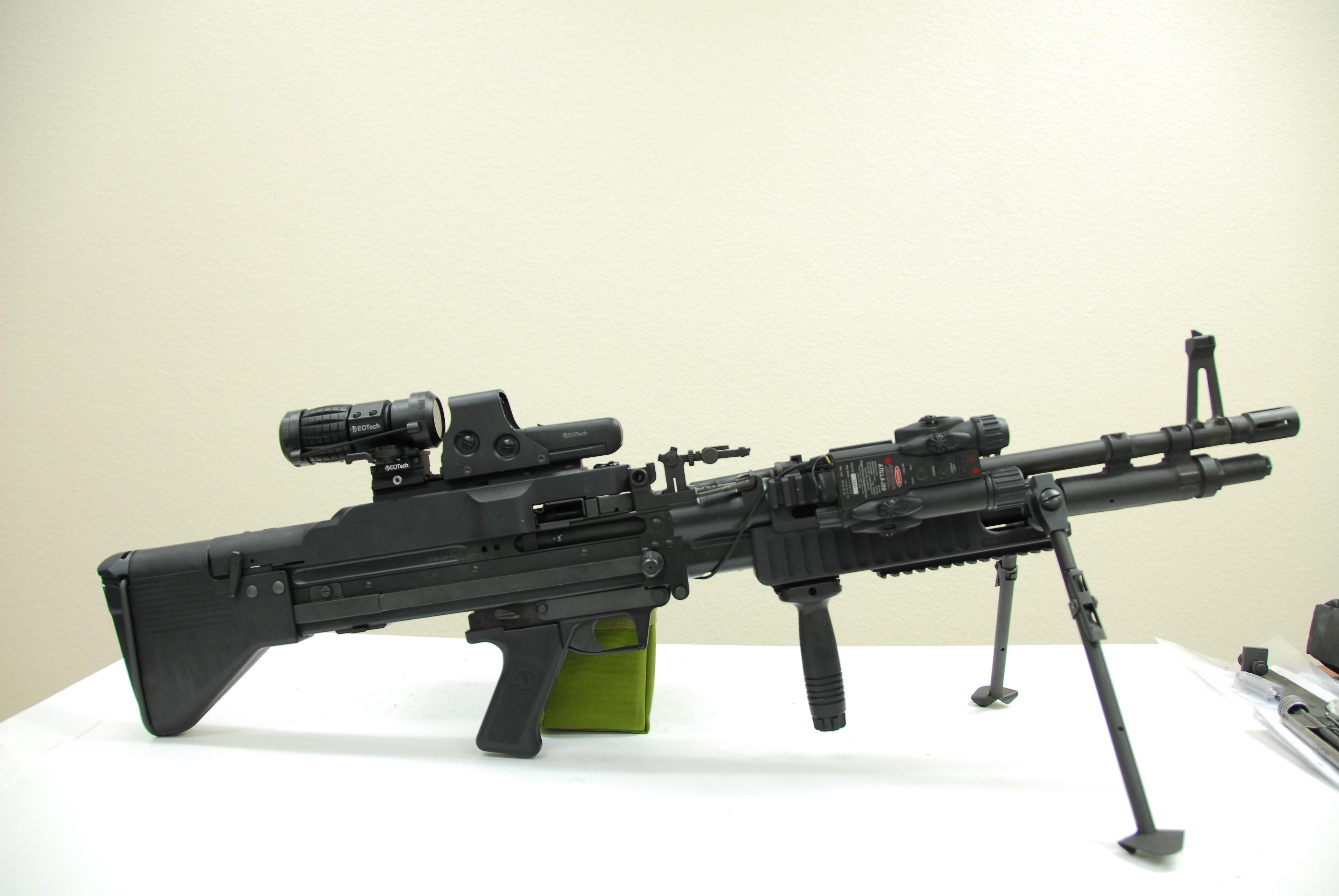 Military Quotes Iphone Wallpaper Wallpaper M60 Machine Gun Military 8033
