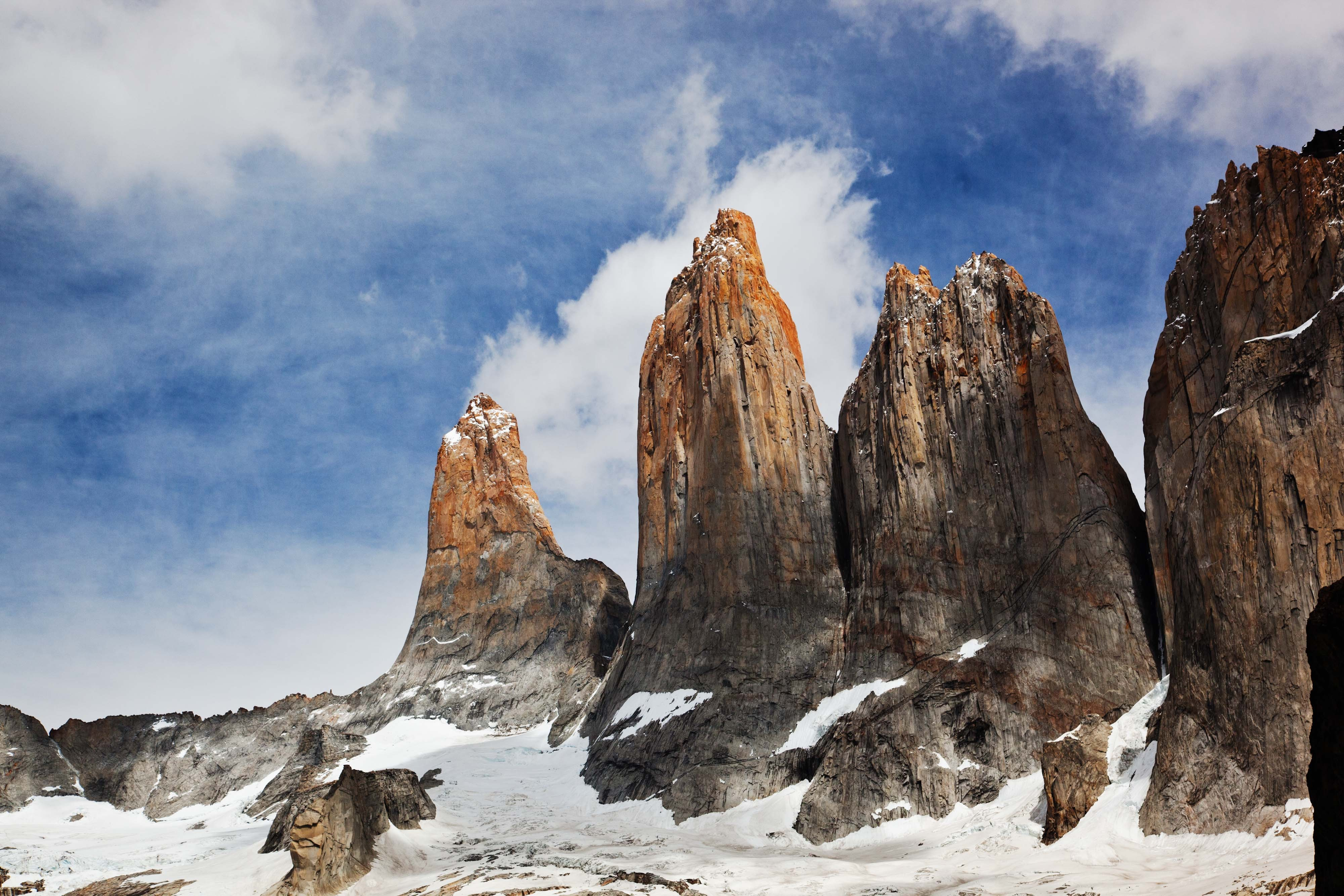 Iphone  Wallpaper Wallpaper Torres Del Paine Chile Sky Mountains 4k
