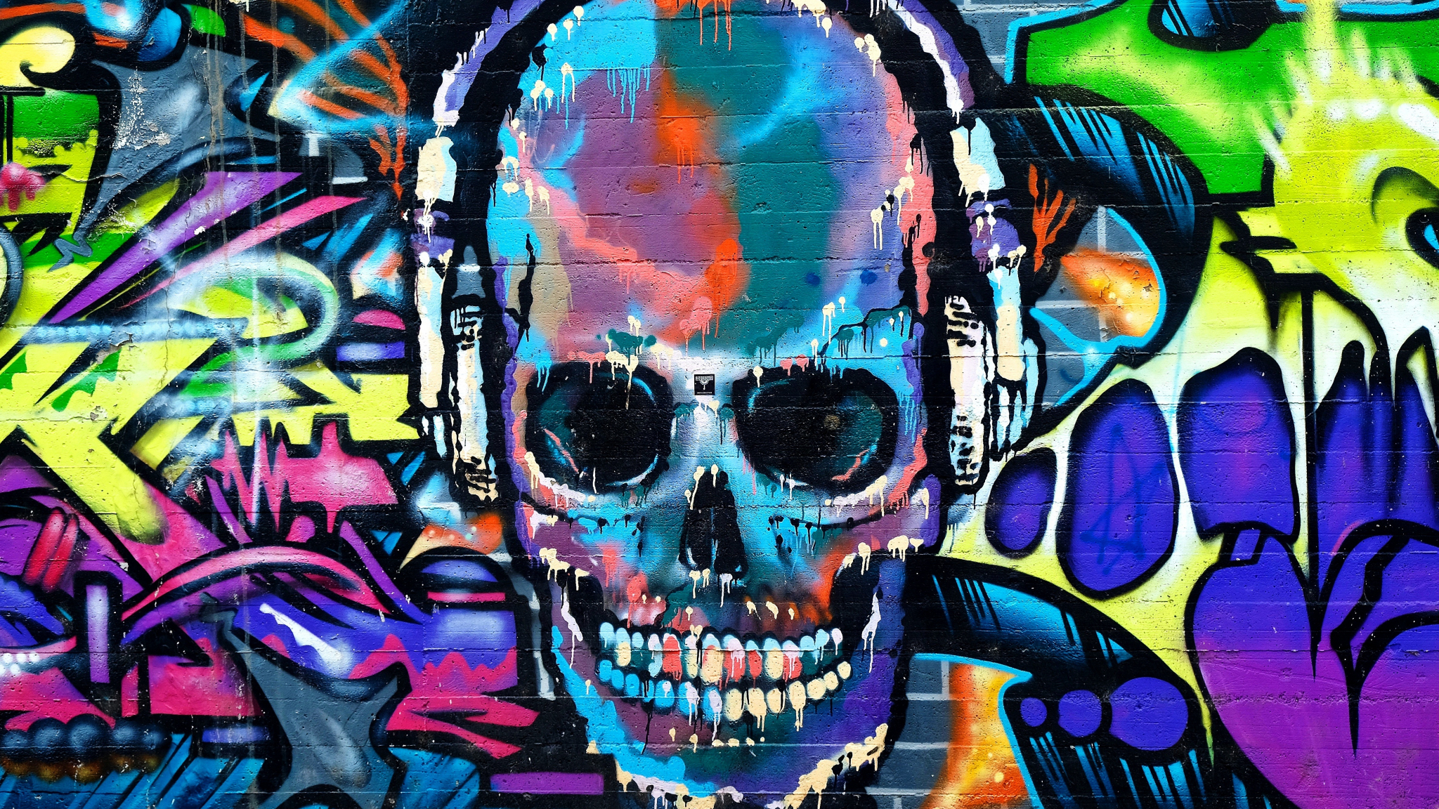 Hd Wallpapers For Laptop 15 6 Inch Screen Download 2048x1152 Wallpaper Graffiti Skull Colorful