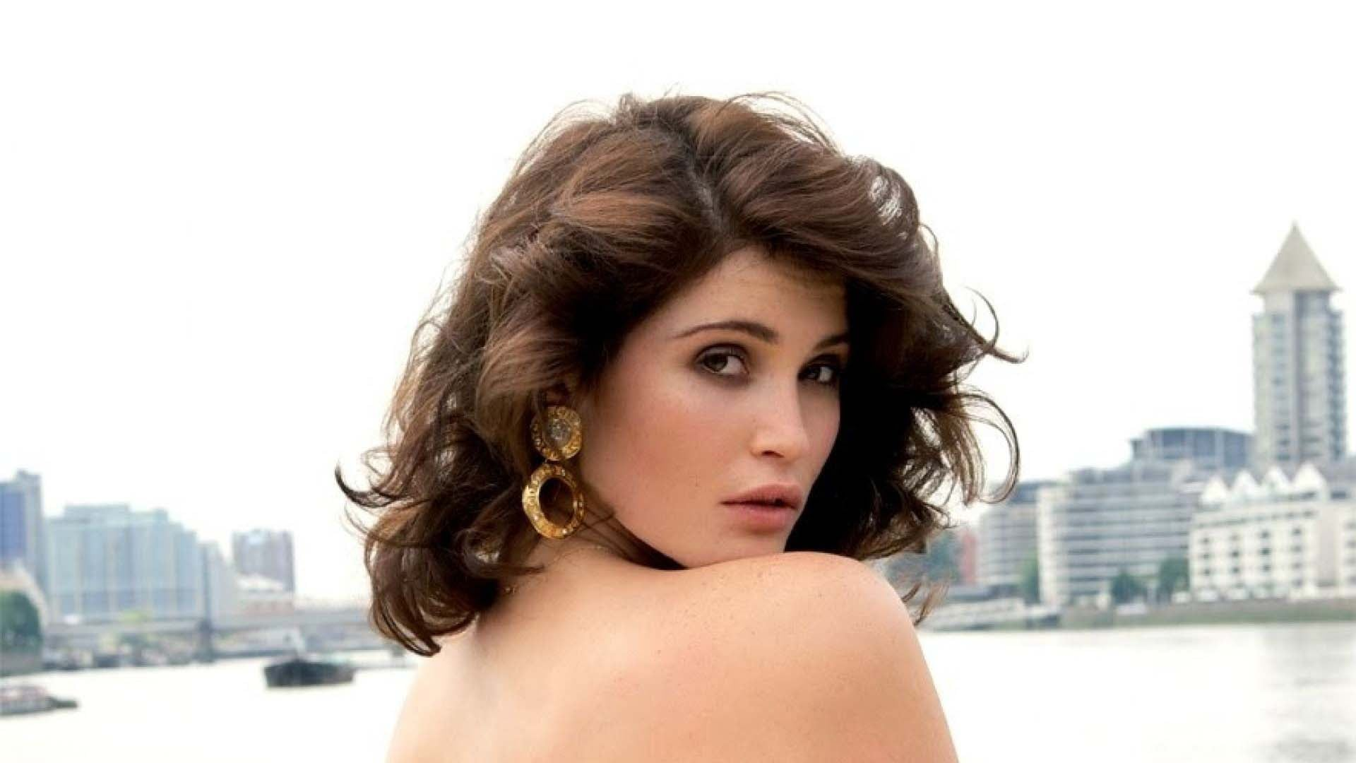 Santa Banta Car Wallpaper 29 Gemma Arterton Wallpapers Hd Download