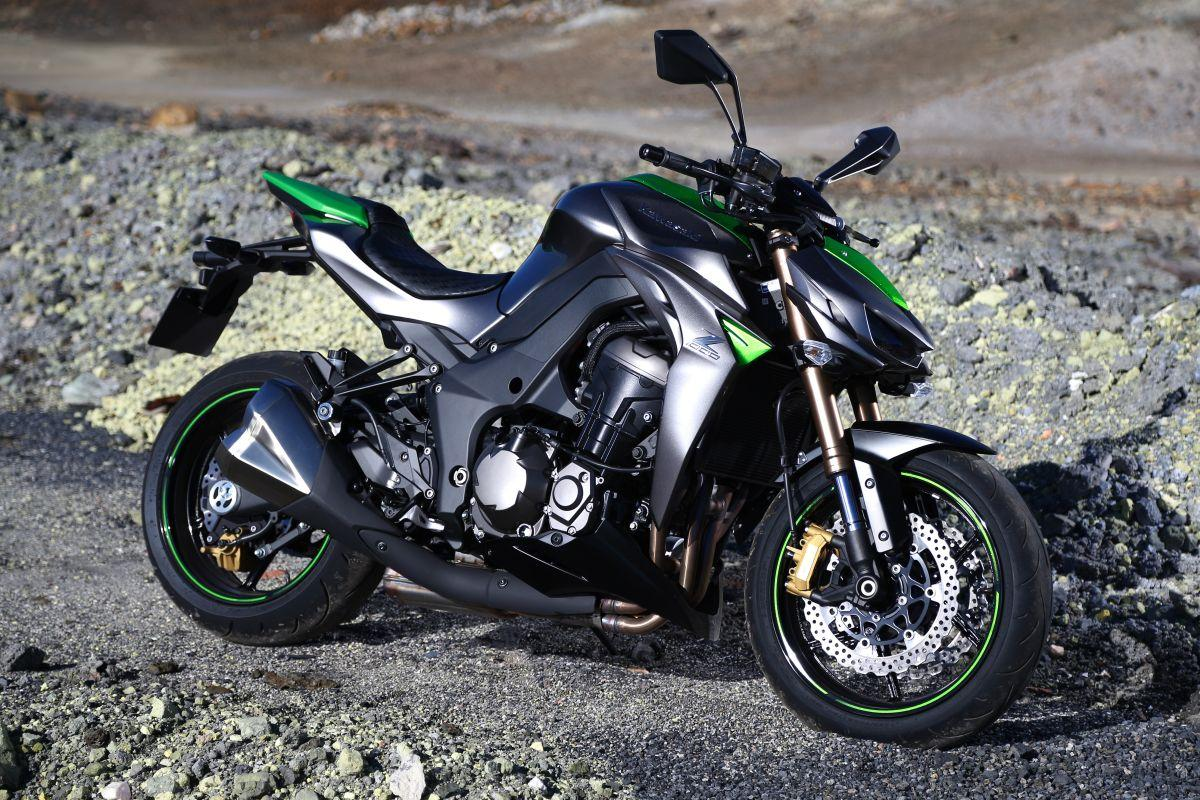 Hd Wallpaper Car And Bike Download 30 Kawasaki Z1000 Wallpapers Hd High Quality Download
