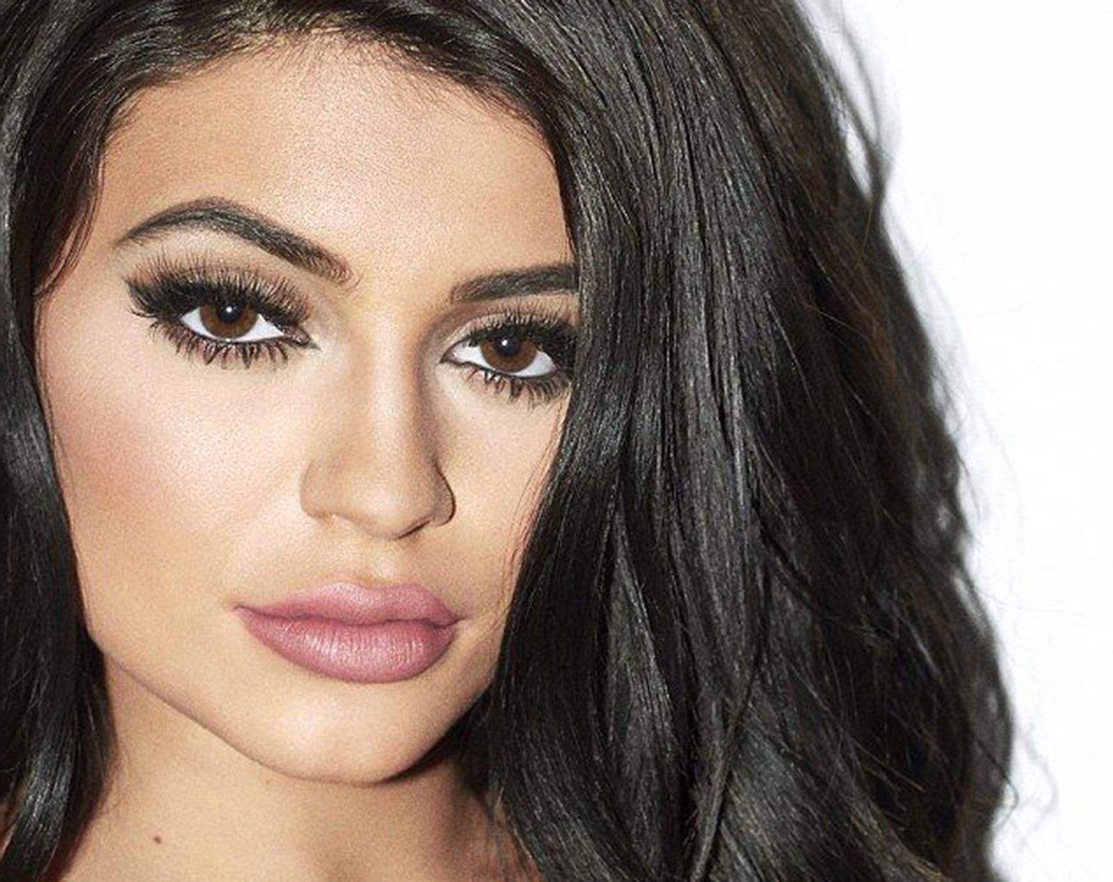 Free Wallpapers Of Cars And Bikes For Desktop 25 Kylie Jenner Wallpapers Hd High Quality