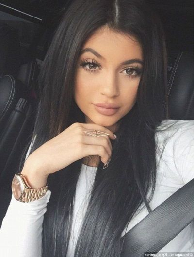 25+ Kylie Jenner wallpapers HD High Quality