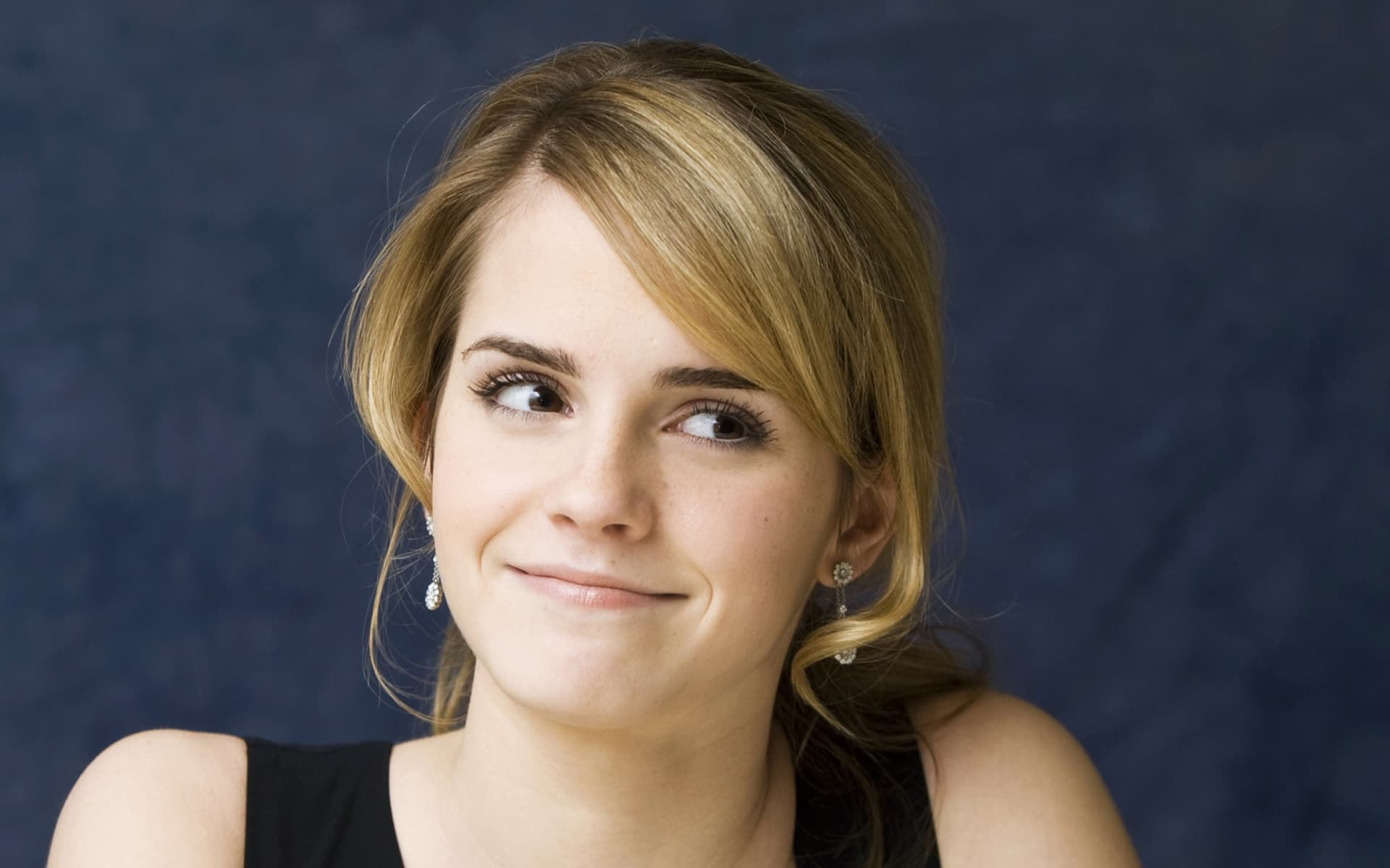 Girl Drinking Alcohol Wallpaper 40 Emma Watson Wallpapers High Quality Resolution Download
