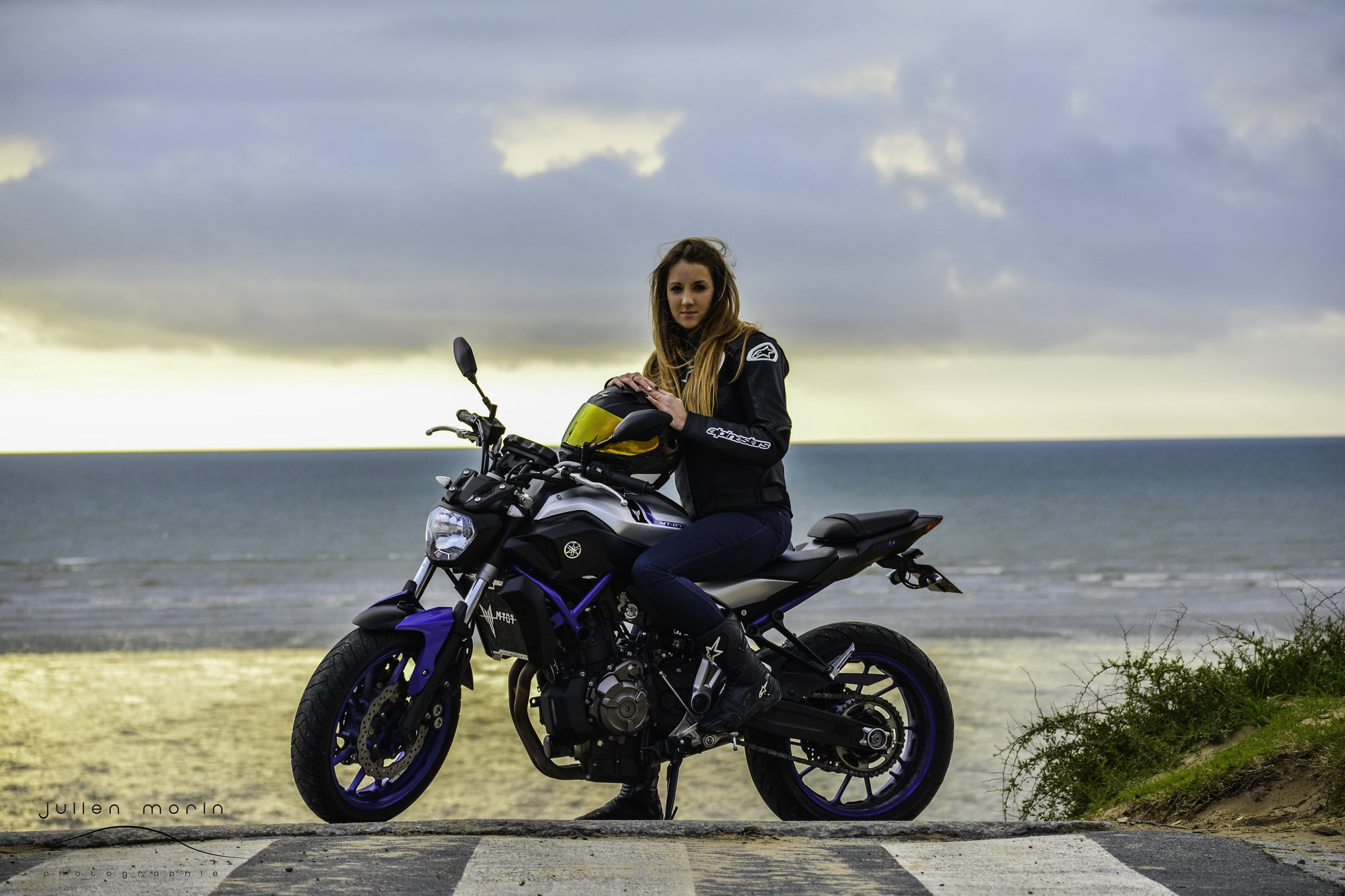 Girl On Bike Hd Wallpaper 20 Yamaha Mt 07 Wallpapers Hd Self Collection