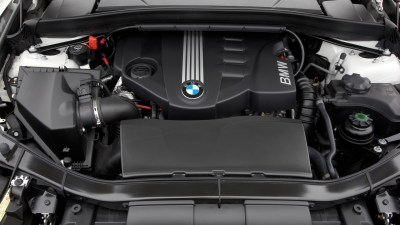 1920x1080 BMW X1 engine desktop PC and Mac wallpaper