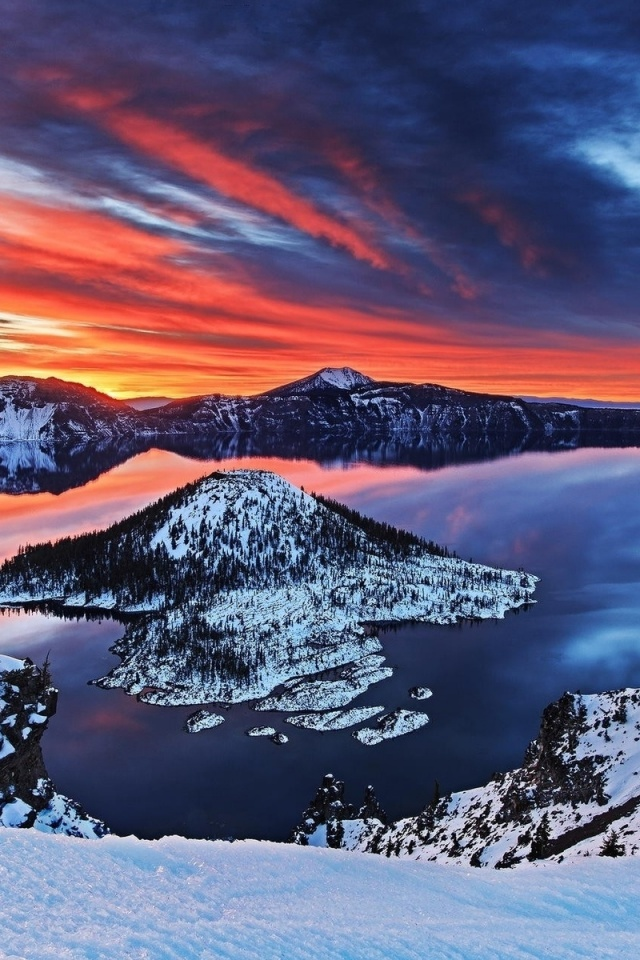 Winter Wallpaper For Iphone 4 640x960 Crater Lake Oregon Sunset Snow Iphone 4 Wallpaper