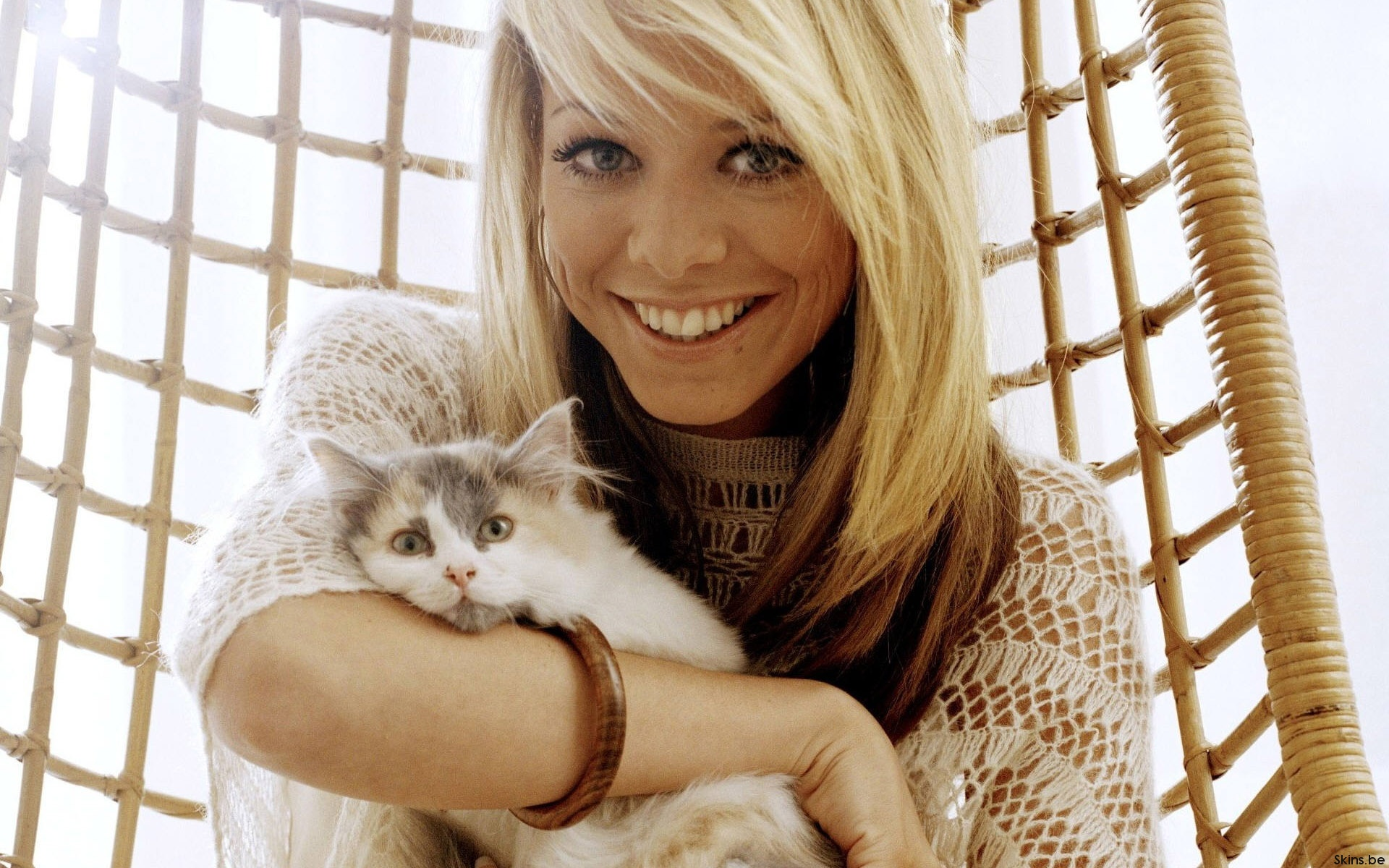Sweet And Cute Wallpapers For Mobile Liz Mcclarnon Wallpapers Liz Mcclarnon Stock Photos