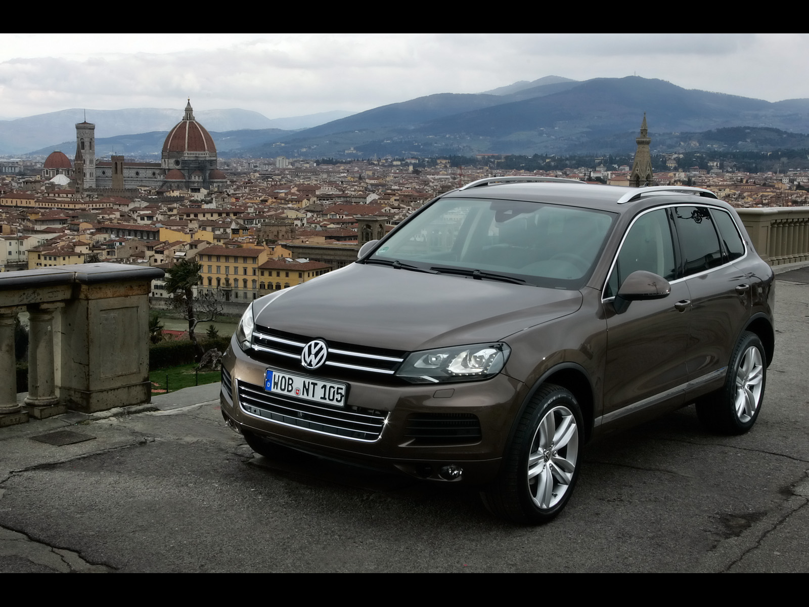 Vw Gti Wallpaper Iphone New Vw Touareg V6 Tdi Front Angle Wallpapers New Vw