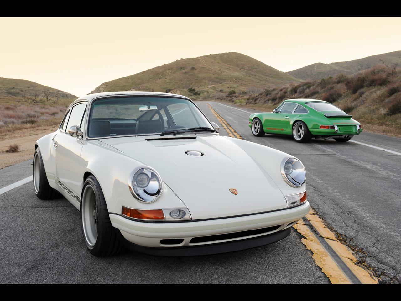 Htc Evo 3d Stock Wallpapers Singer Porsche 911 White And Green Wallpapers Singer
