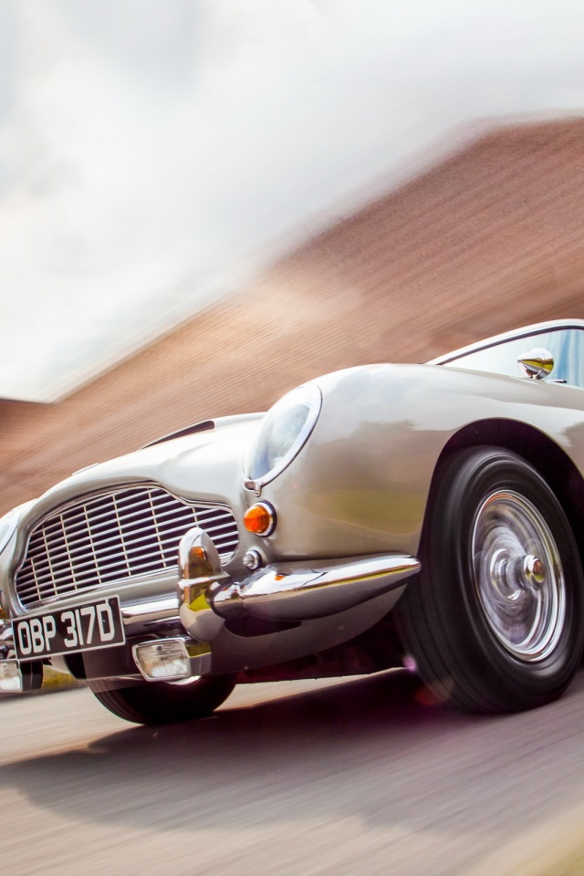 Phone Car Wallpapers Hd 640x960 Superb Aston Martin Db5 Iphone 4 Wallpaper