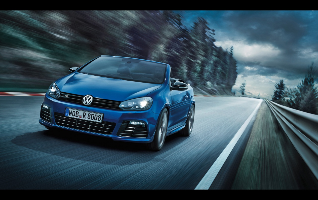 Vw Beetle Iphone Wallpaper 2013 Volkswagen Golf R Cabriolet Motion Front Angle