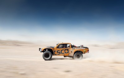 Off-road Tracing Truck wallpapers | Off-road Tracing Truck stock photos