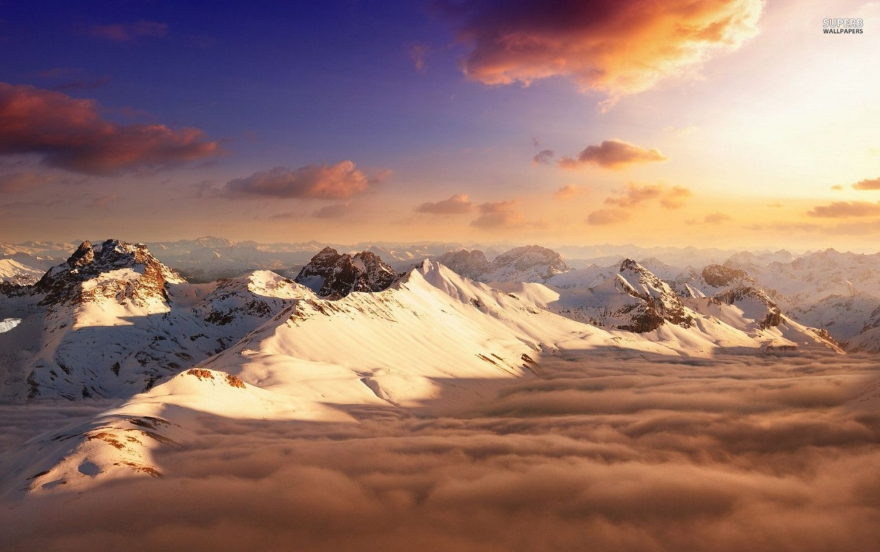 Superman Hd Iphone Wallpaper Snowy Mountains Peaks Amp Clouds Wallpapers Snowy