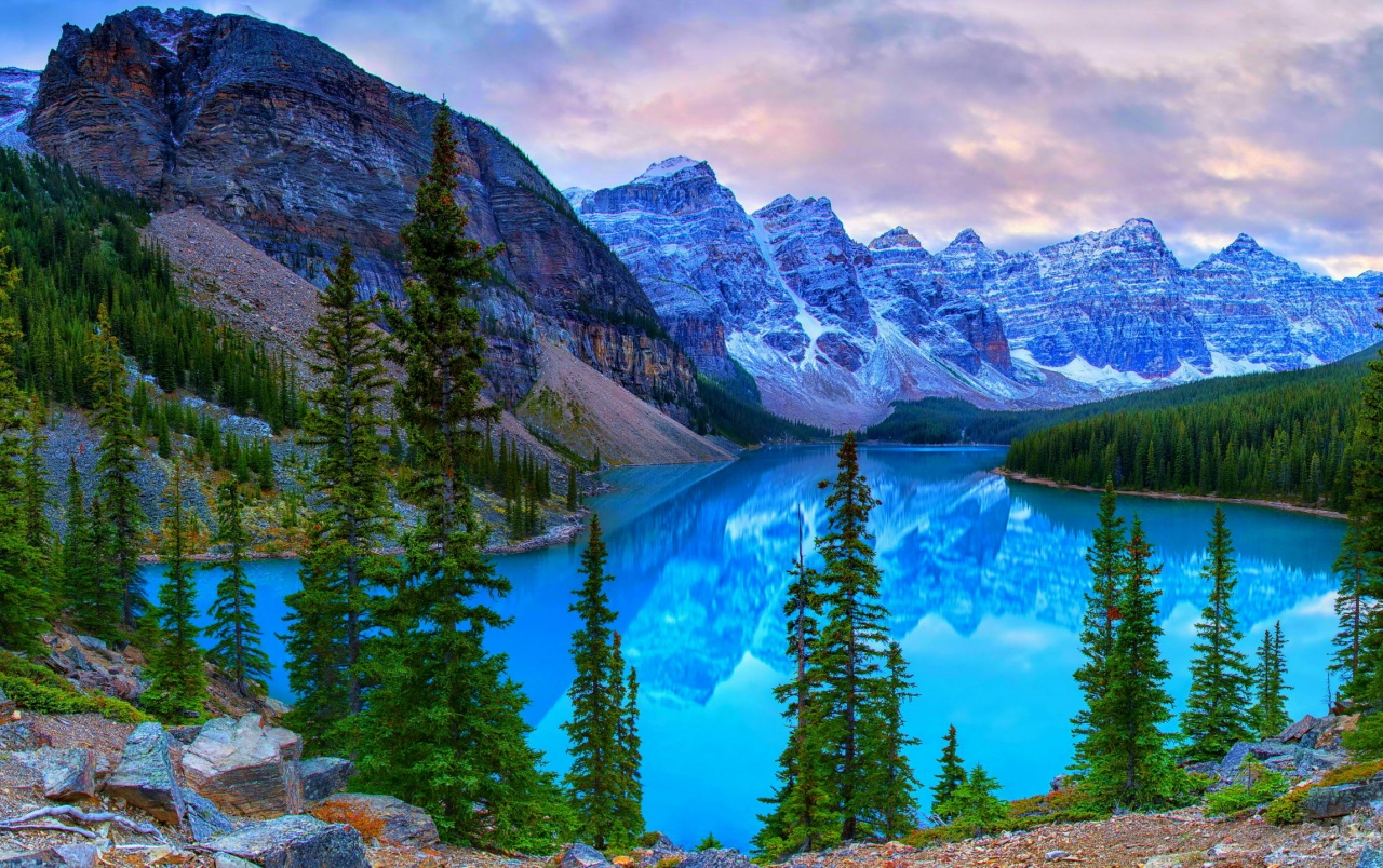 Hd Wallpapers For Nexus 5 Kanada Berge See Moraine Hintergrundbilder Kanada Berge