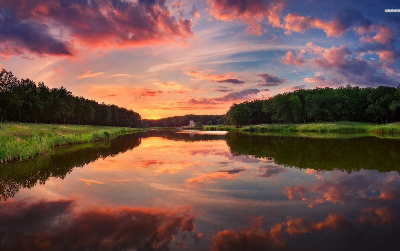 Desktop Wallpaper Fall Scenes Pink Clouds Green Forest Lake Wallpapers Pink Clouds