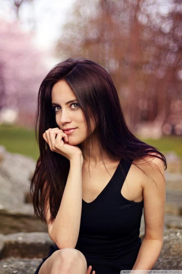Beauty Girl Hd Wallpaper Download Brunette Girl Spring Bokeh 4k Hd Desktop Wallpaper For