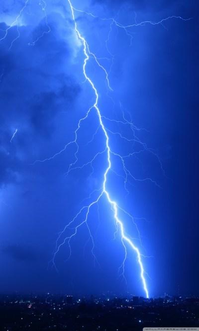 Cool Lightning Strikes 4K HD Desktop Wallpaper for 4K Ultra HD TV • Wide & Ultra Widescreen ...