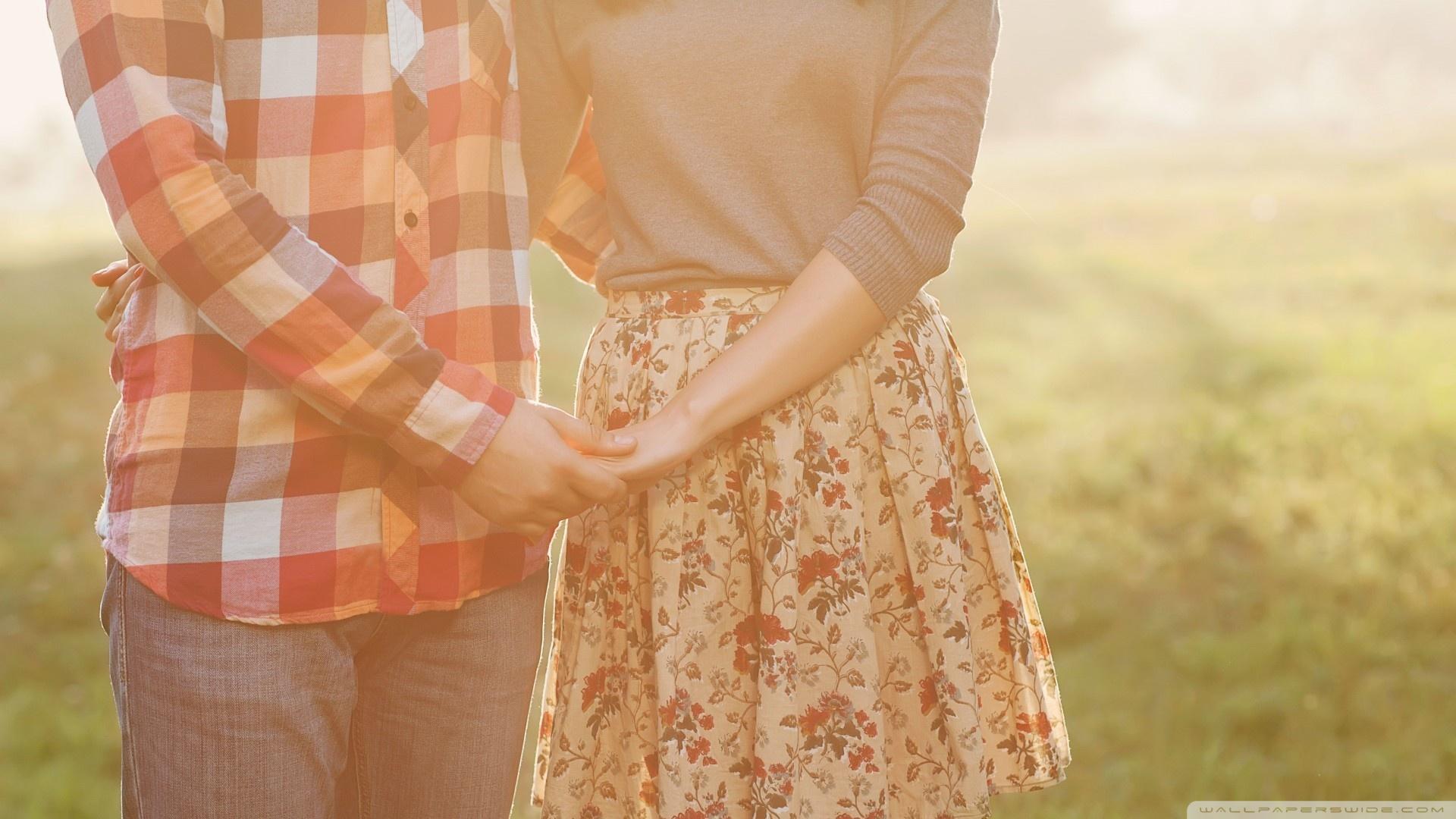 Cute Couples Holding Hands Wallpapers Love Is Vintage Memories 4k Hd Desktop Wallpaper For 4k